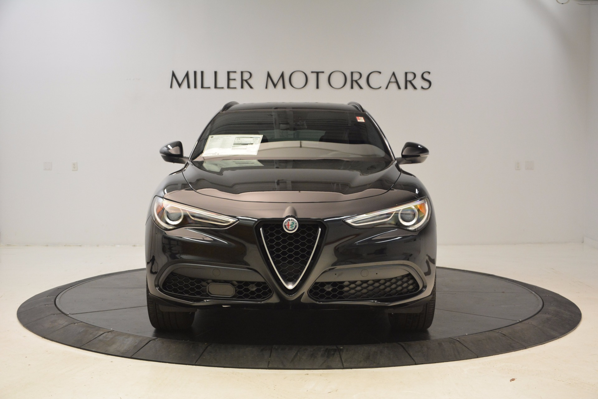 New 2018 Alfa Romeo Stelvio Ti Sport Q4 For Sale In Greenwich, CT. Alfa Romeo of Greenwich, LW085 1605_p12