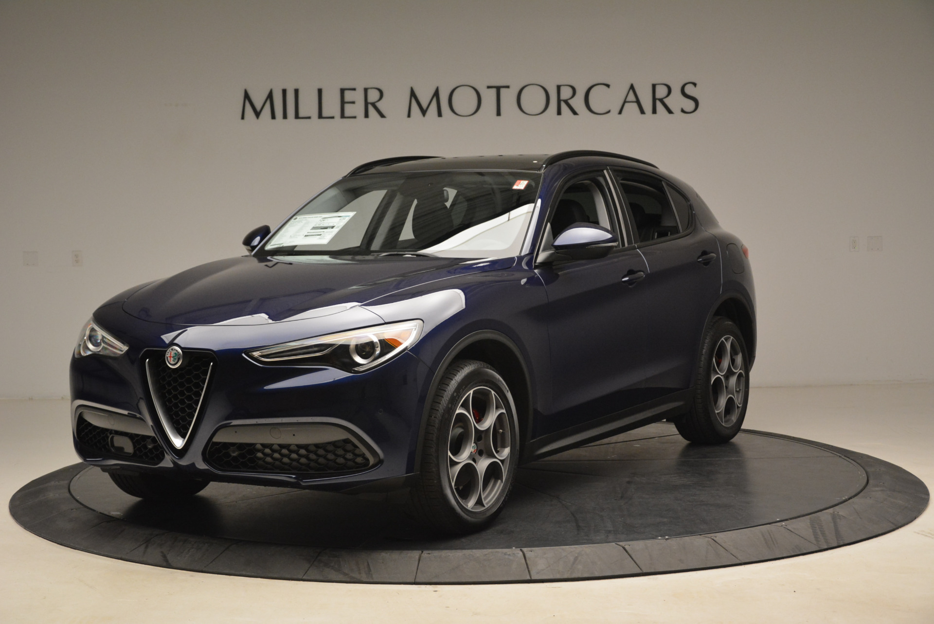 New 2018 Alfa Romeo Stelvio Sport Q4 For Sale In Greenwich, CT. Alfa Romeo of Greenwich, L230 1611_main