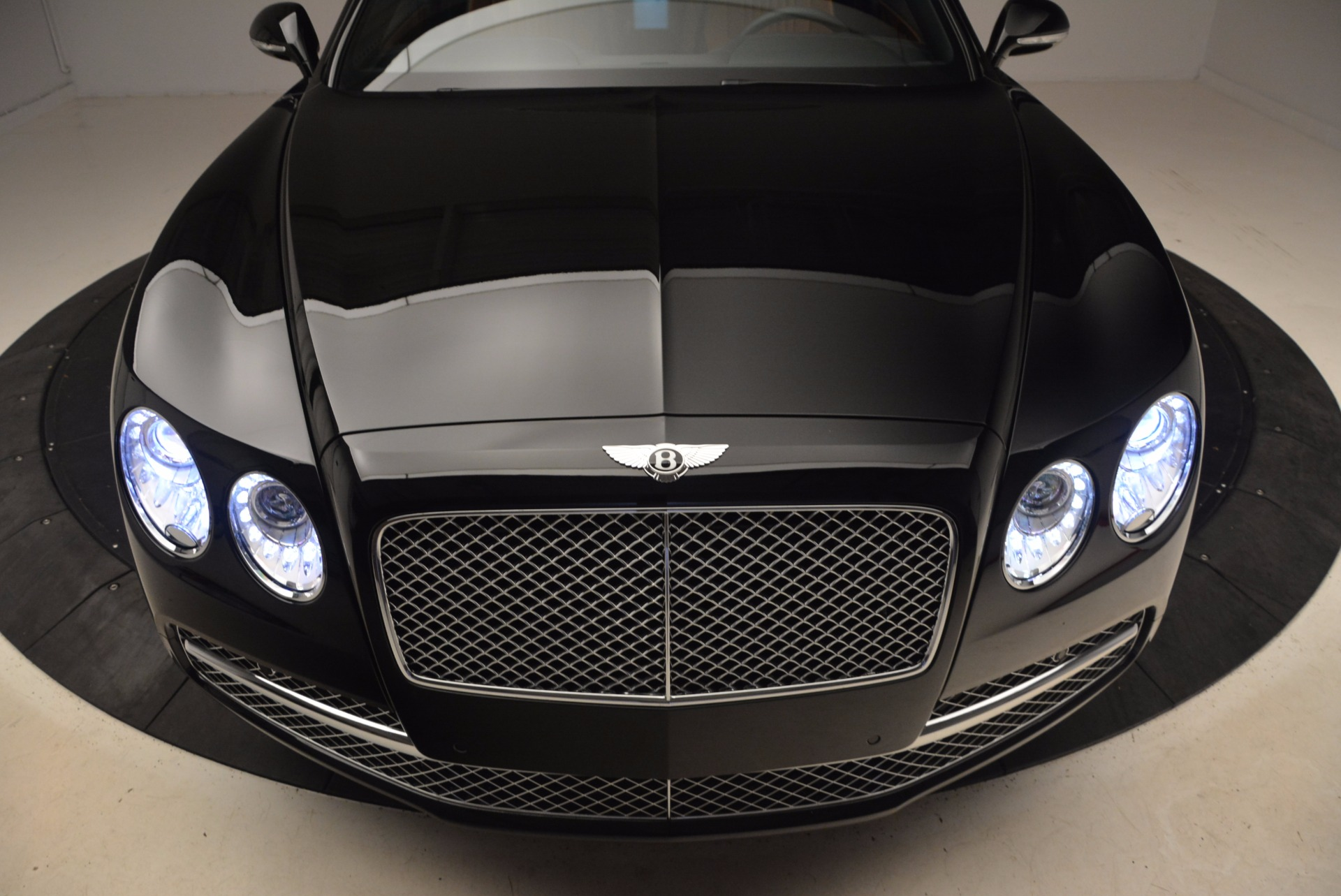 New 2017 Bentley Flying Spur W12 For Sale In Greenwich, CT. Alfa Romeo of Greenwich, B1304 1616_p18