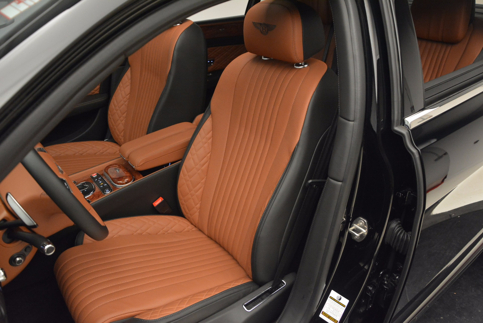 New 2017 Bentley Flying Spur W12 For Sale In Greenwich, CT. Alfa Romeo of Greenwich, B1304 1616_p26
