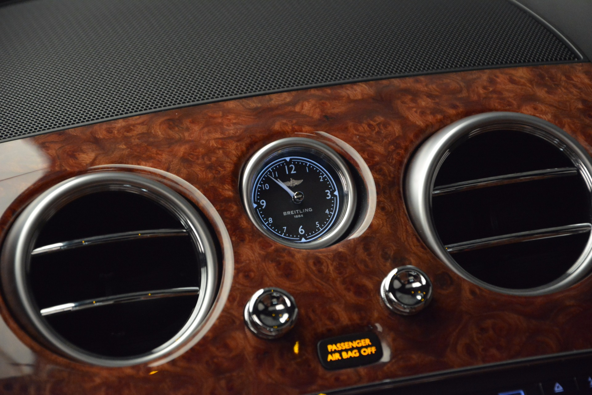 New 2017 Bentley Flying Spur W12 For Sale In Greenwich, CT. Alfa Romeo of Greenwich, B1304 1616_p29