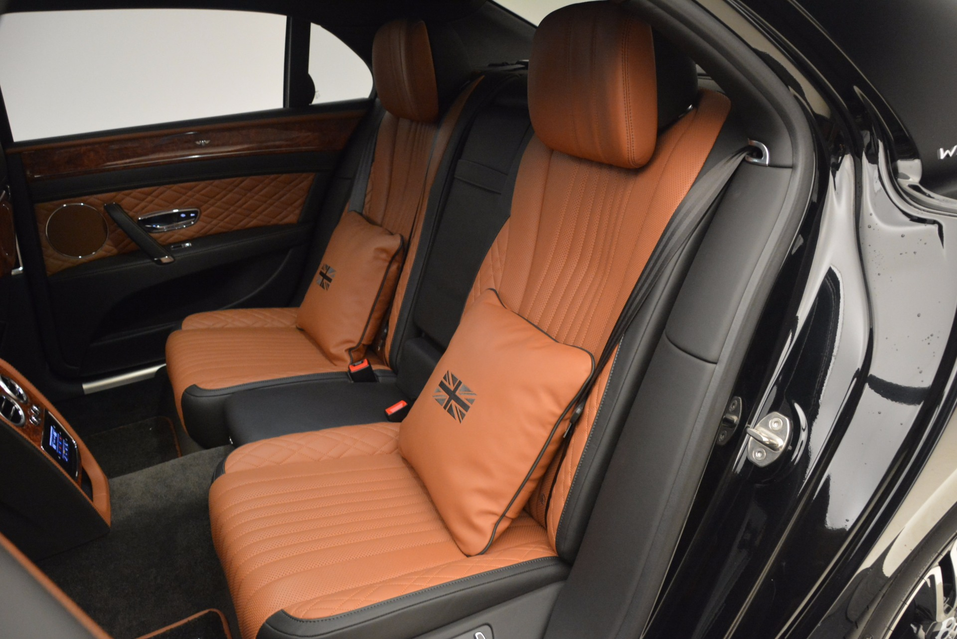 New 2017 Bentley Flying Spur W12 For Sale In Greenwich, CT. Alfa Romeo of Greenwich, B1304 1616_p31