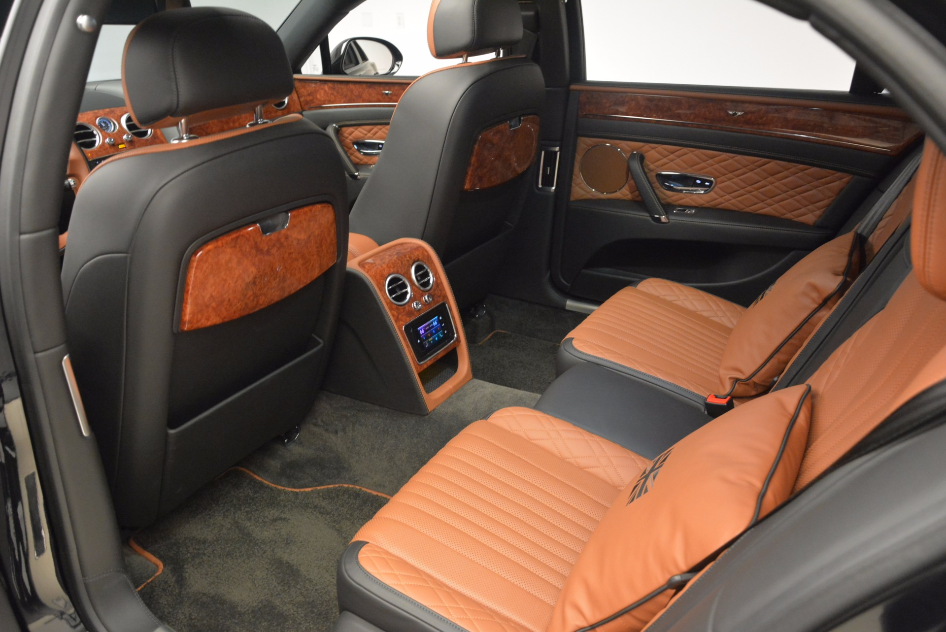 New 2017 Bentley Flying Spur W12 For Sale In Greenwich, CT. Alfa Romeo of Greenwich, B1304 1616_p32