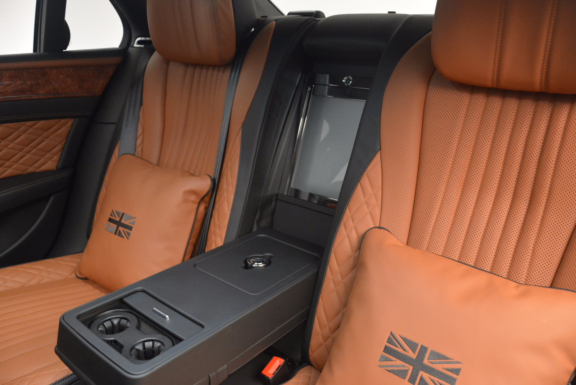 New 2017 Bentley Flying Spur W12 For Sale In Greenwich, CT. Alfa Romeo of Greenwich, B1304 1616_p36