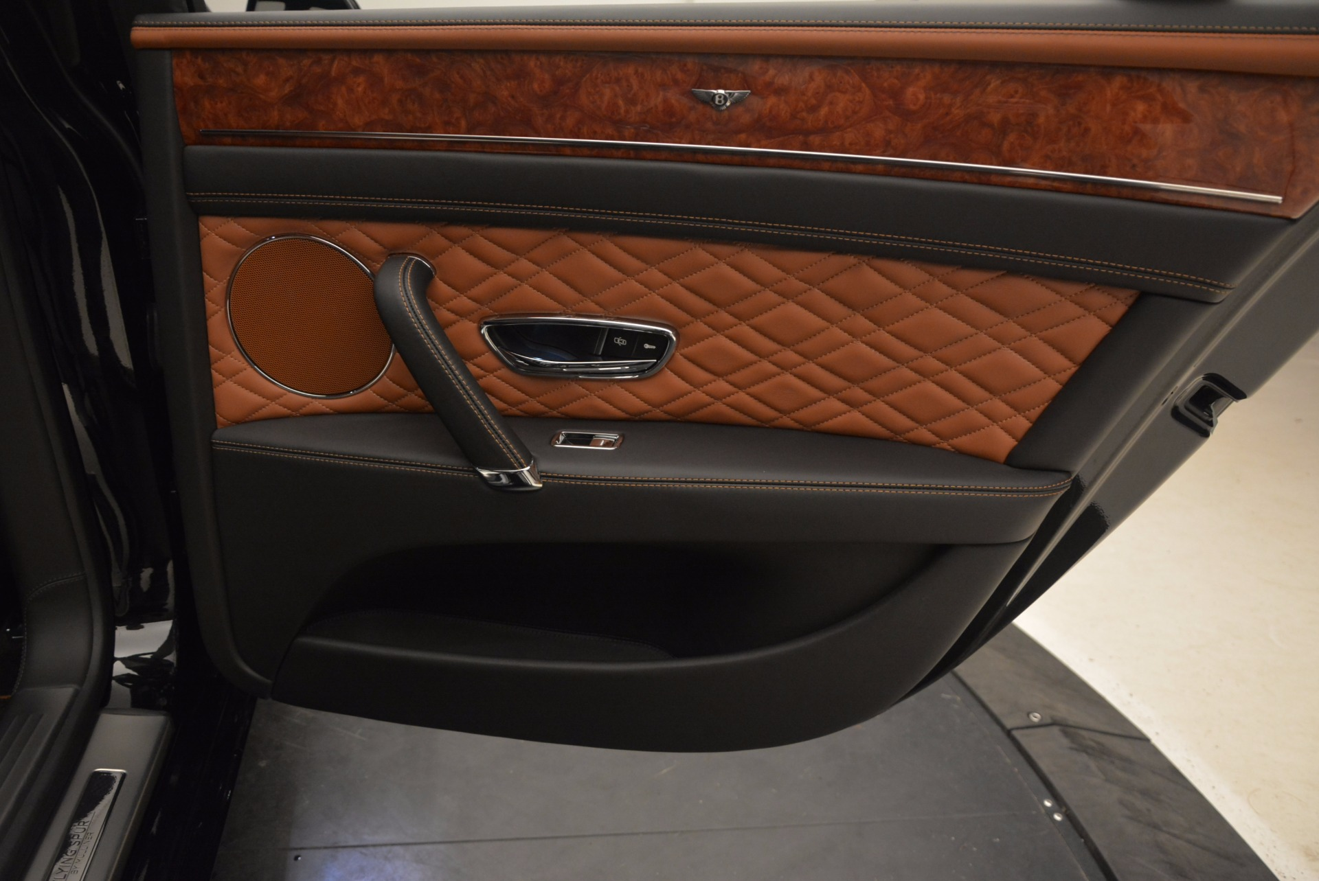 New 2017 Bentley Flying Spur W12 For Sale In Greenwich, CT. Alfa Romeo of Greenwich, B1304 1616_p39