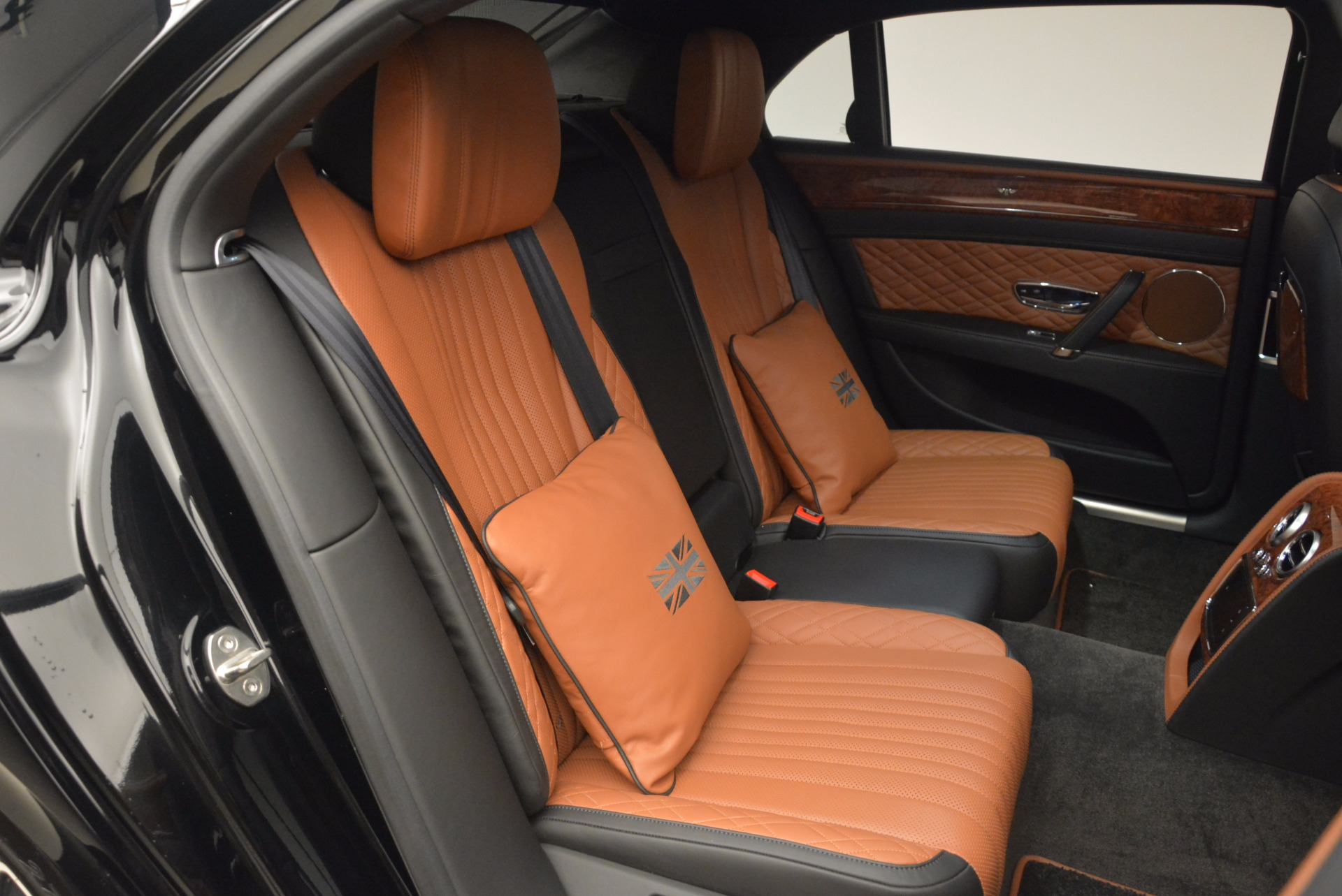 New 2017 Bentley Flying Spur W12 For Sale In Greenwich, CT. Alfa Romeo of Greenwich, B1304 1616_p42