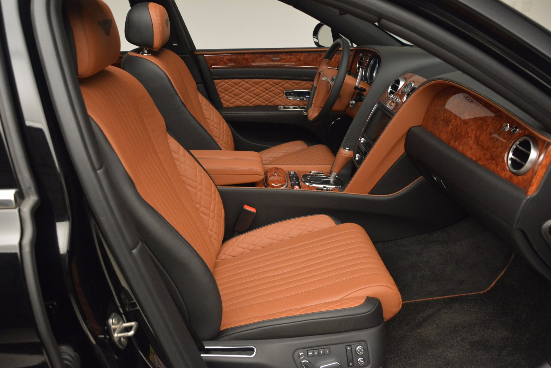 New 2017 Bentley Flying Spur W12 For Sale In Greenwich, CT. Alfa Romeo of Greenwich, B1304 1616_p45