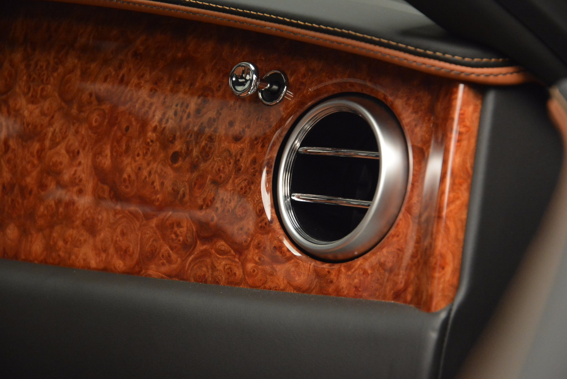 New 2017 Bentley Flying Spur W12 For Sale In Greenwich, CT. Alfa Romeo of Greenwich, B1304 1616_p48