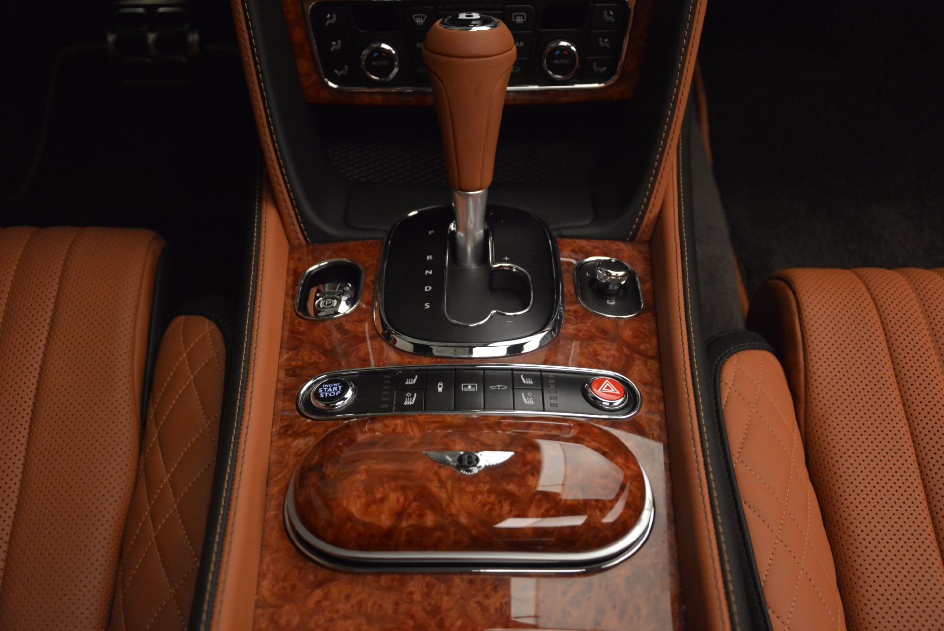 New 2017 Bentley Flying Spur W12 For Sale In Greenwich, CT. Alfa Romeo of Greenwich, B1304 1616_p51