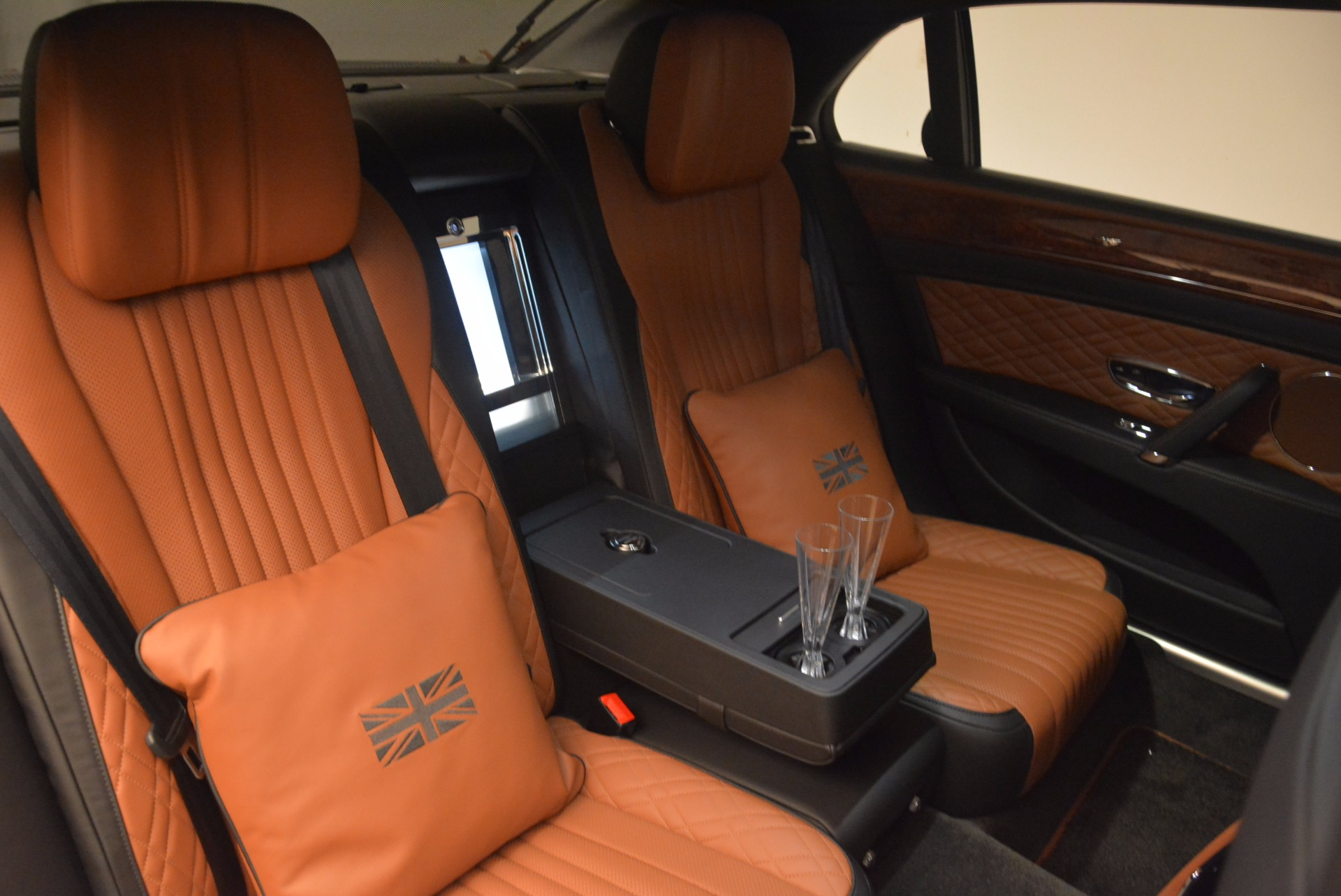 New 2017 Bentley Flying Spur W12 For Sale In Greenwich, CT. Alfa Romeo of Greenwich, B1304 1616_p55