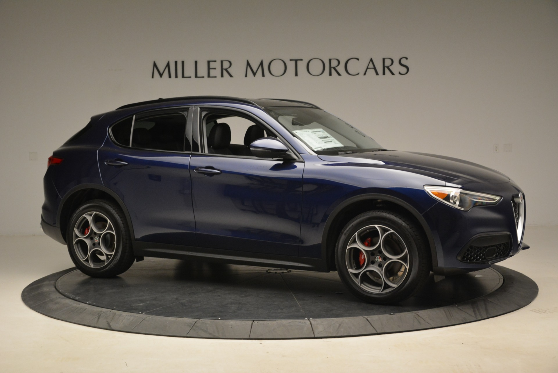New 2018 Alfa Romeo Stelvio Sport Q4 For Sale In Greenwich, CT. Alfa Romeo of Greenwich, LW051 1620_p10