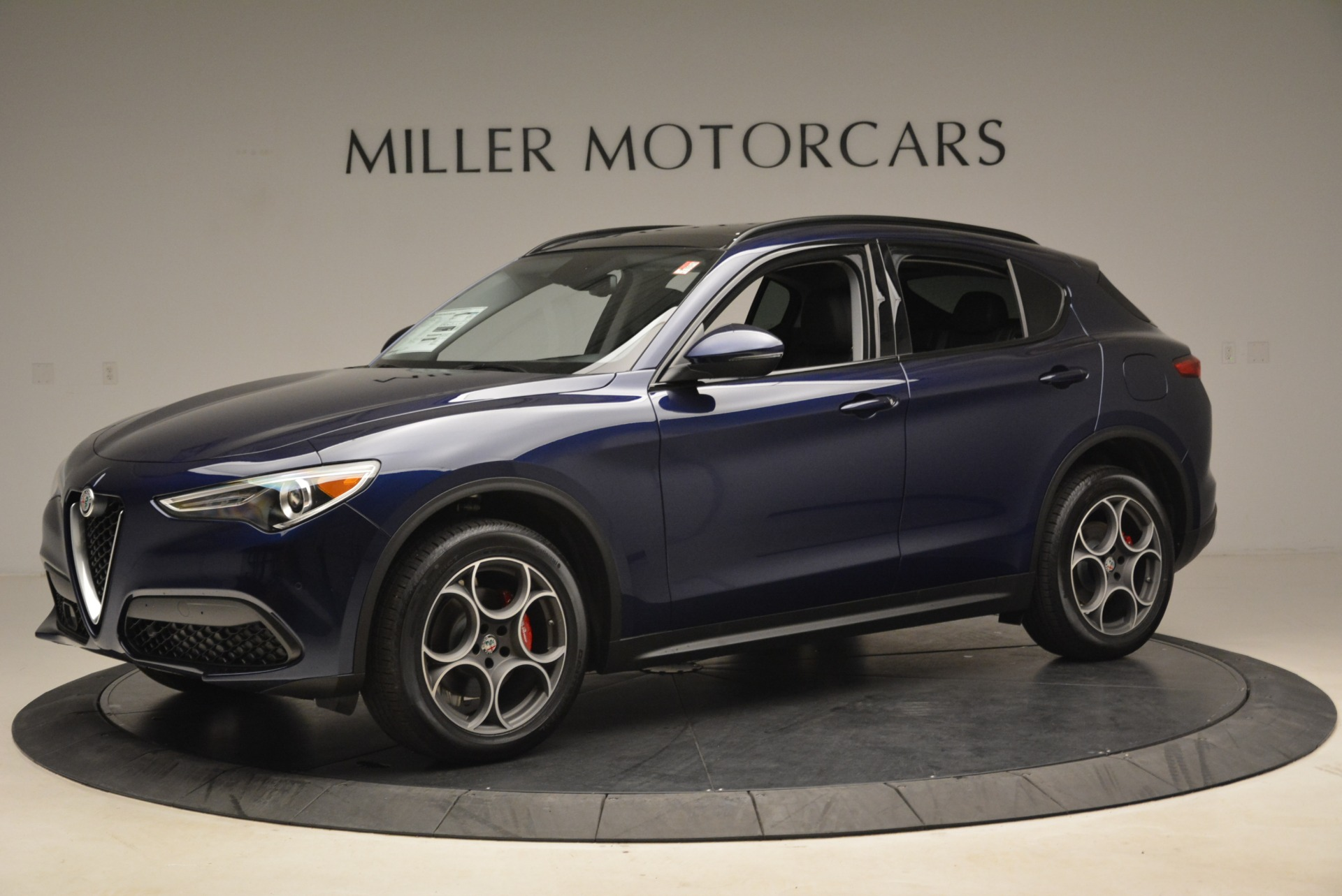 New 2018 Alfa Romeo Stelvio Sport Q4 For Sale In Greenwich, CT. Alfa Romeo of Greenwich, LW051 1620_p2