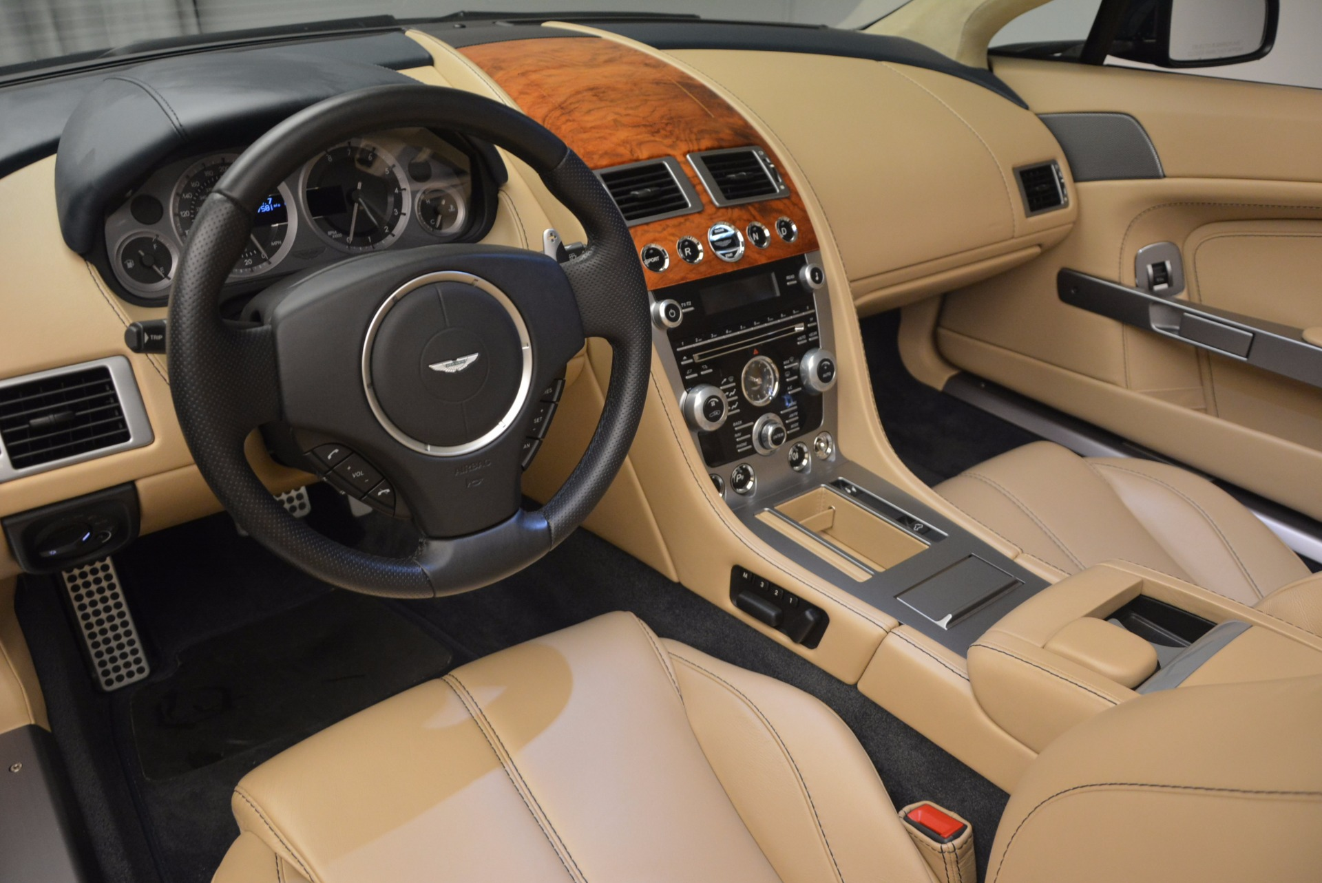 Used 2014 Aston Martin V8 Vantage Roadster For Sale In Greenwich, CT. Alfa Romeo of Greenwich, 7282 1623_p21