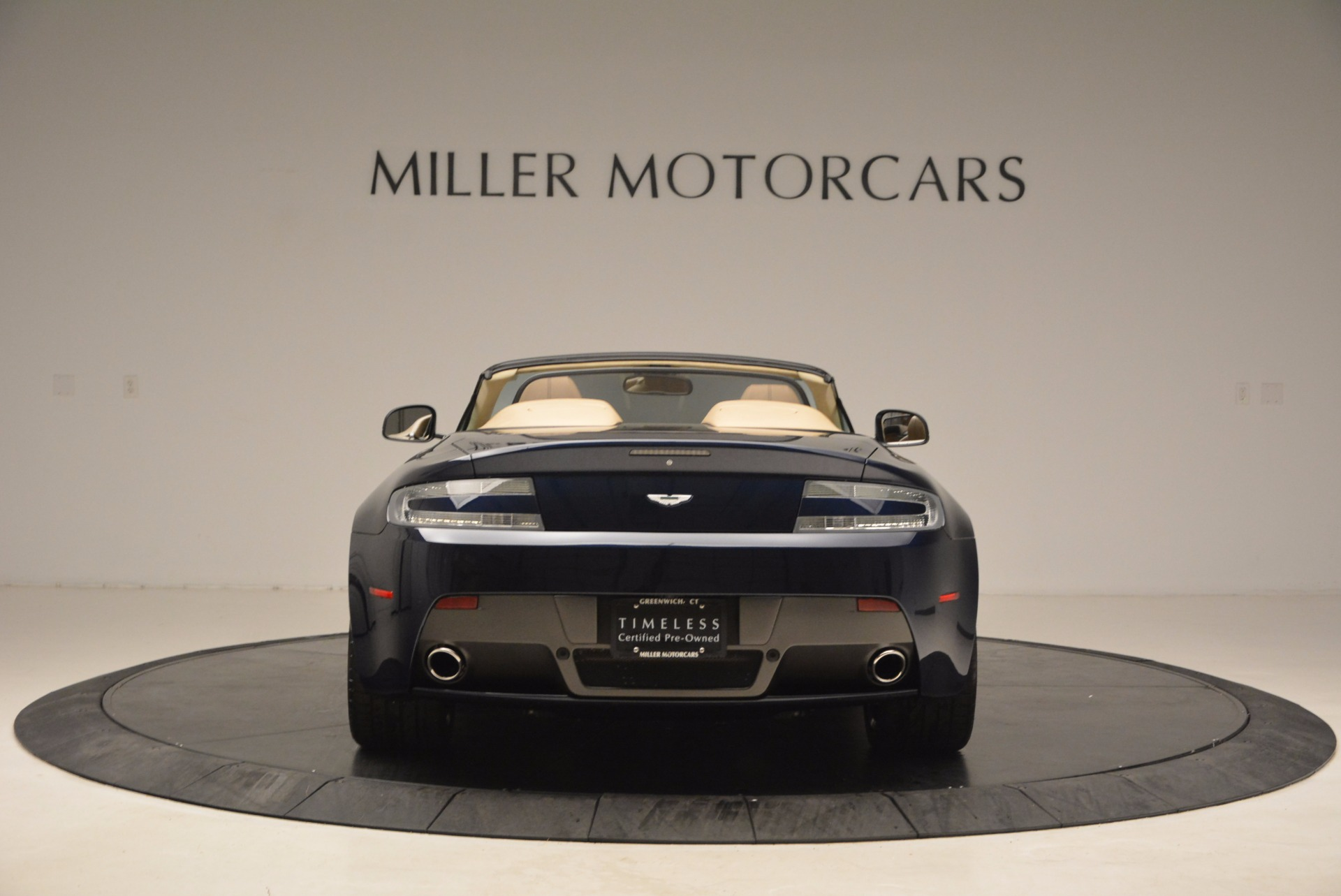 Used 2014 Aston Martin V8 Vantage Roadster For Sale In Greenwich, CT. Alfa Romeo of Greenwich, 7282 1623_p6