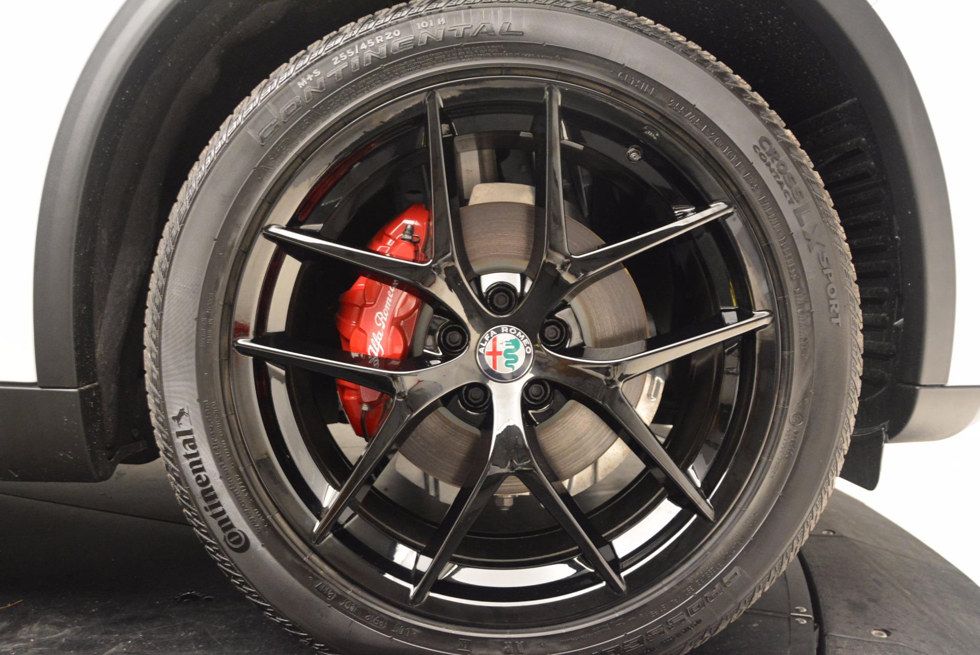 New 2018 Alfa Romeo Stelvio Sport Q4 For Sale In Greenwich, CT. Alfa Romeo of Greenwich, L241 1627_p25