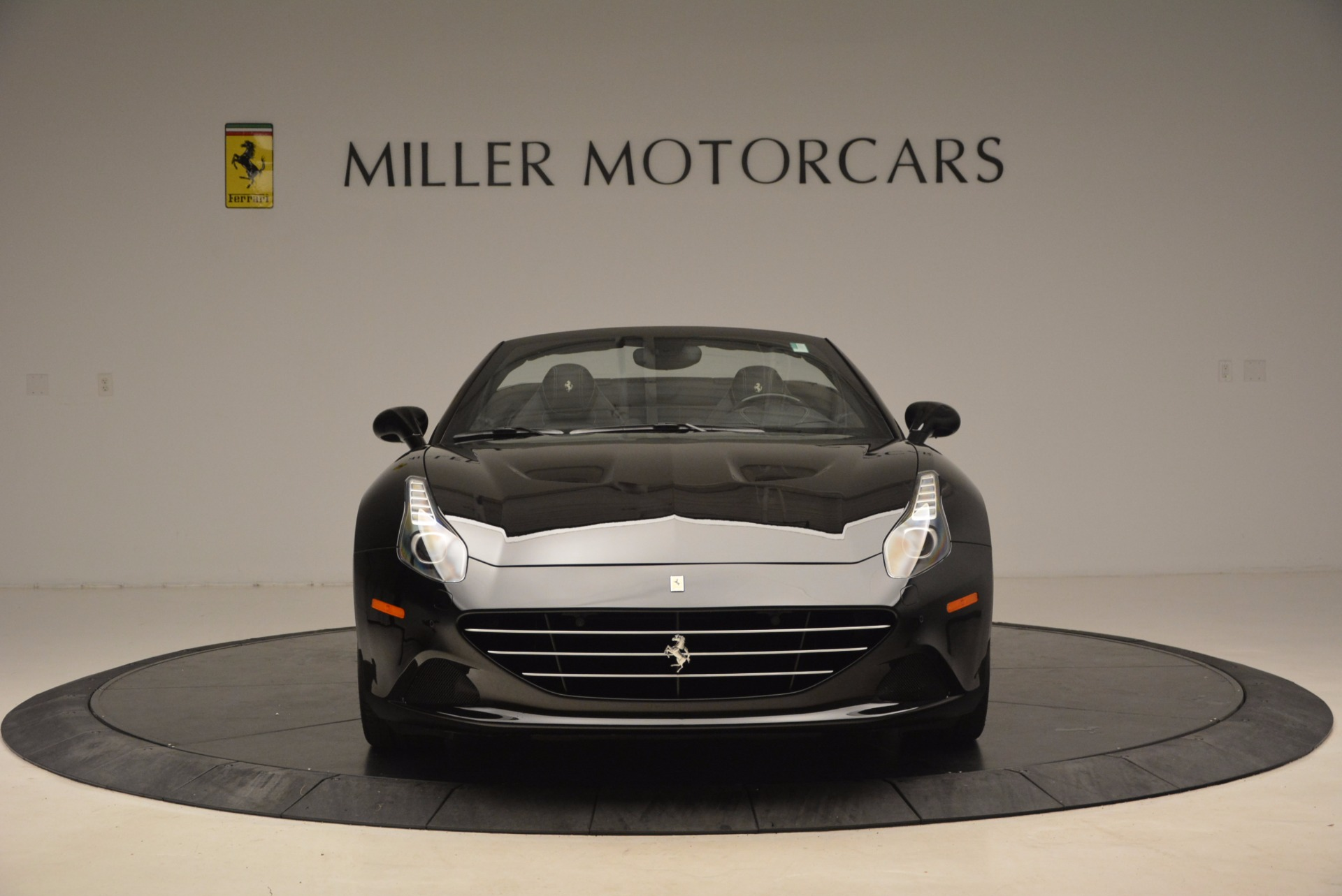 Used 2016 Ferrari California T  For Sale In Greenwich, CT. Alfa Romeo of Greenwich, 4425 1630_p12