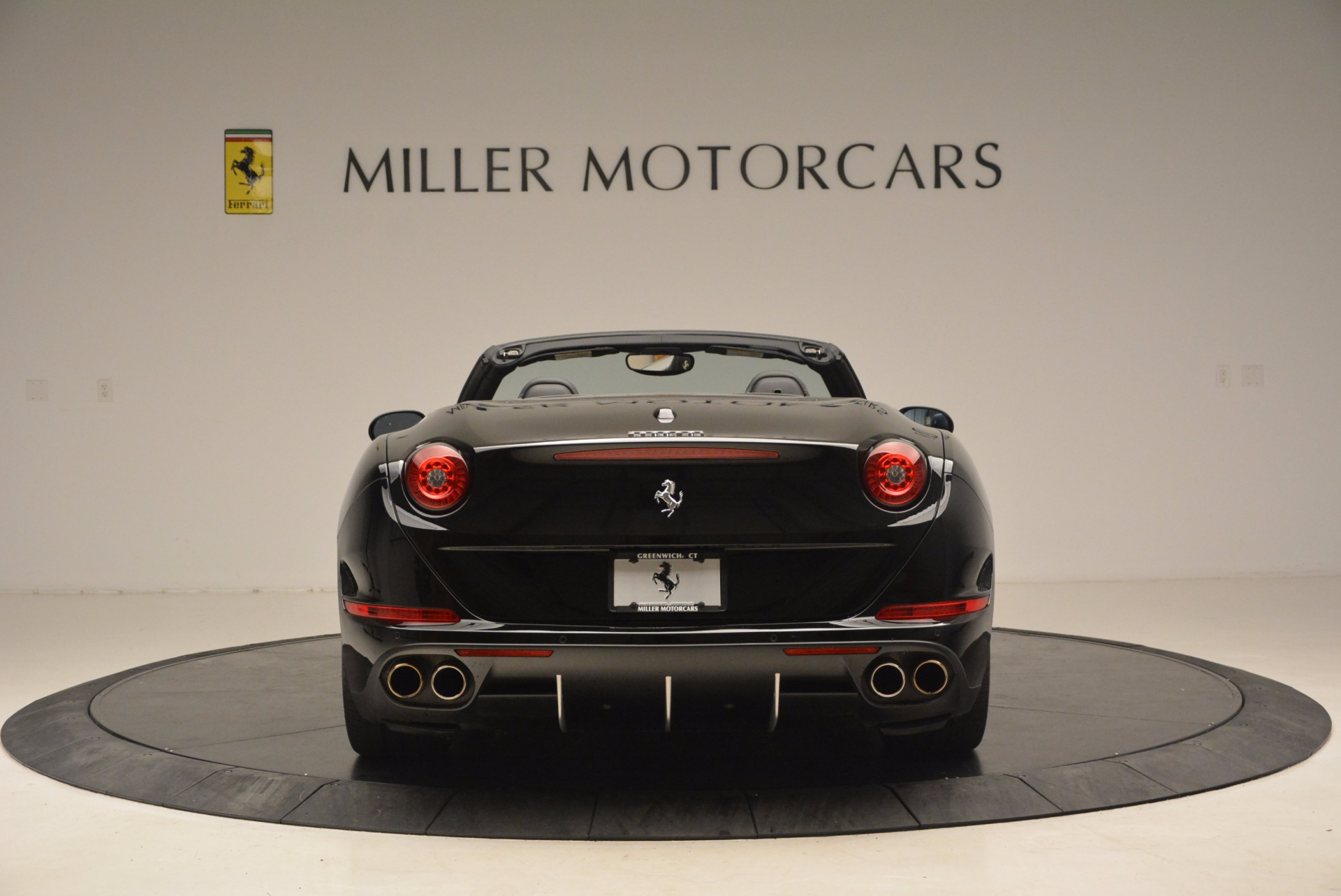 Used 2016 Ferrari California T  For Sale In Greenwich, CT. Alfa Romeo of Greenwich, 4425 1630_p6