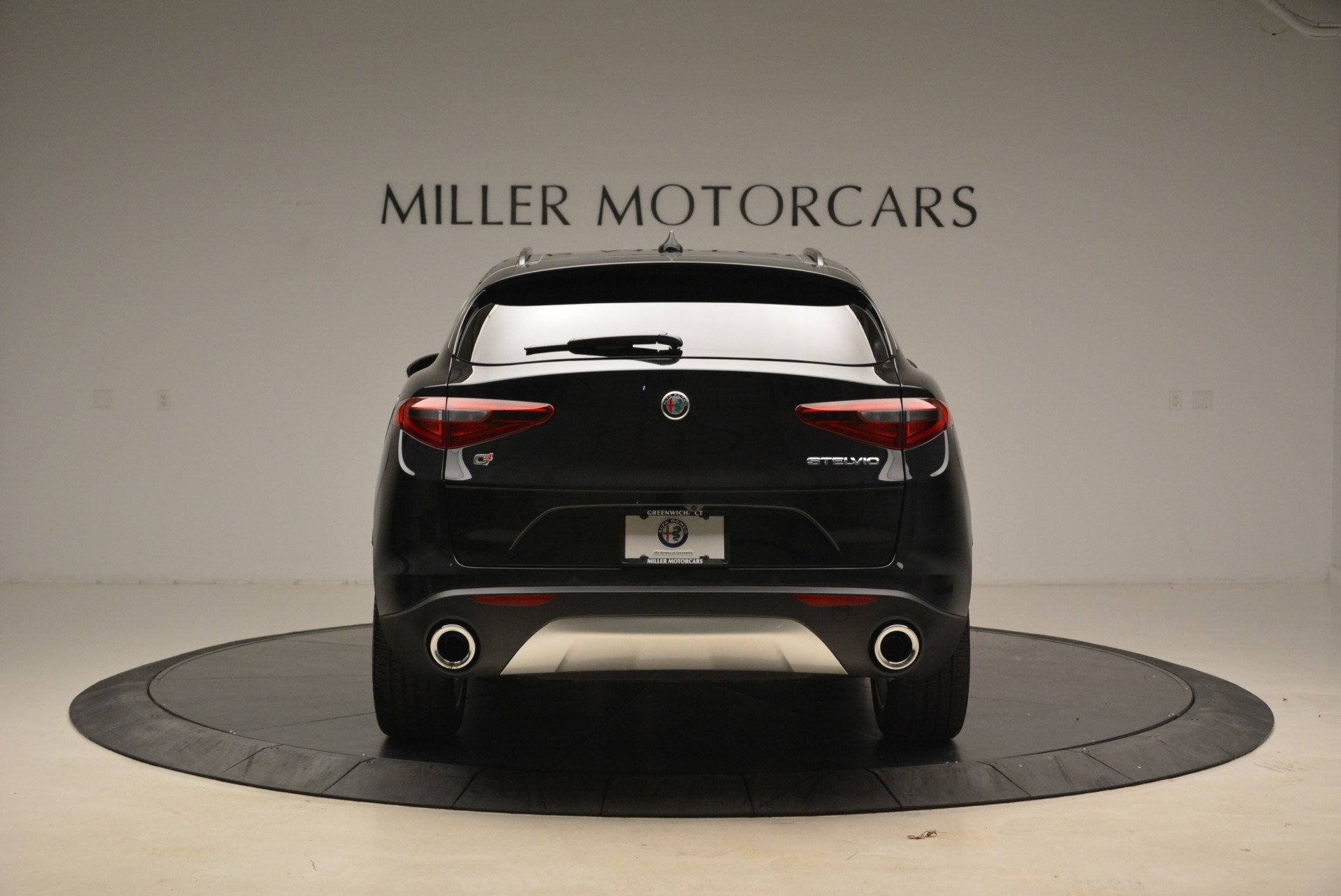 New 2018 Alfa Romeo Stelvio Sport Q4 For Sale In Greenwich, CT. Alfa Romeo of Greenwich, LW055 1635_p6