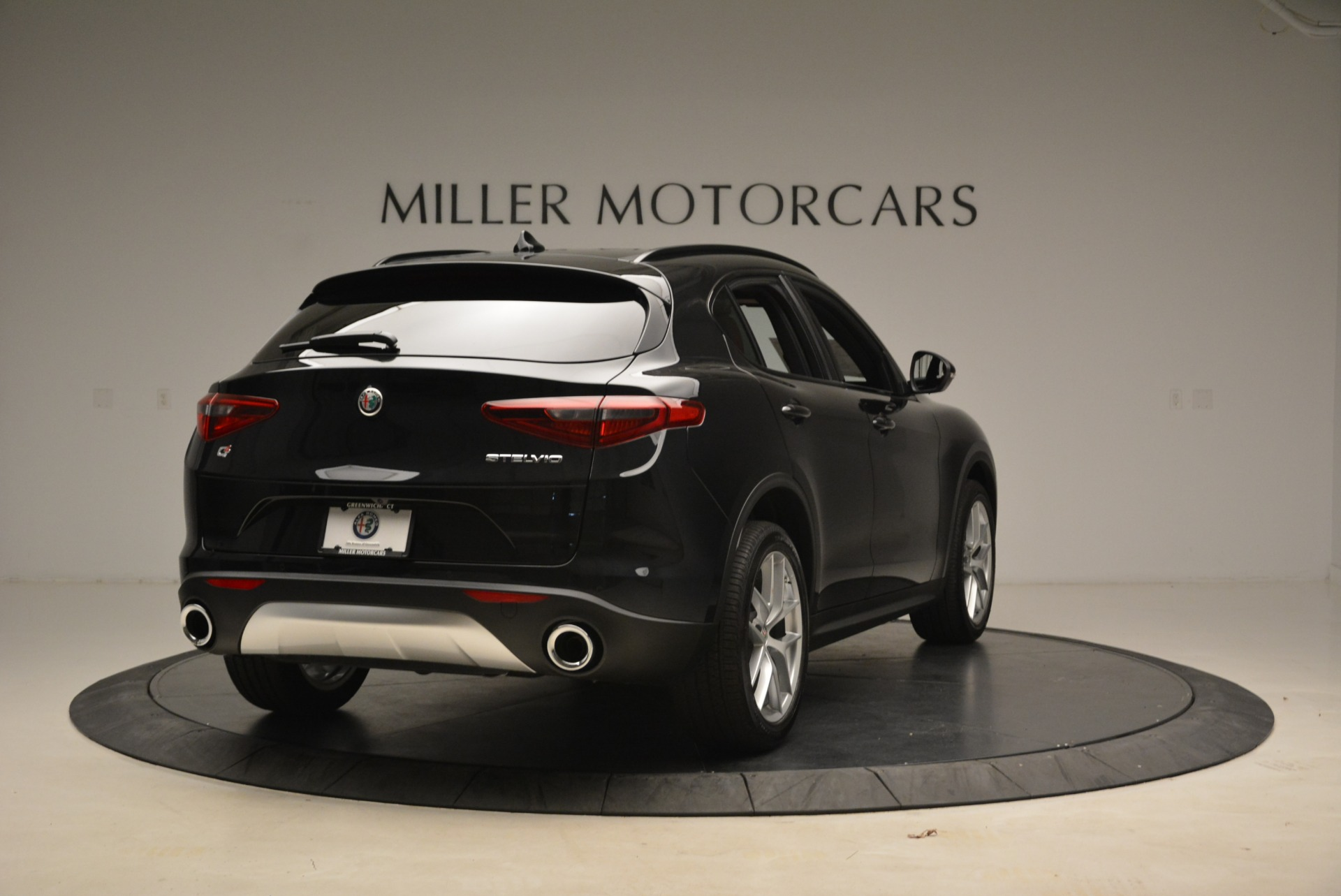 New 2018 Alfa Romeo Stelvio Sport Q4 For Sale In Greenwich, CT. Alfa Romeo of Greenwich, LW055 1635_p7