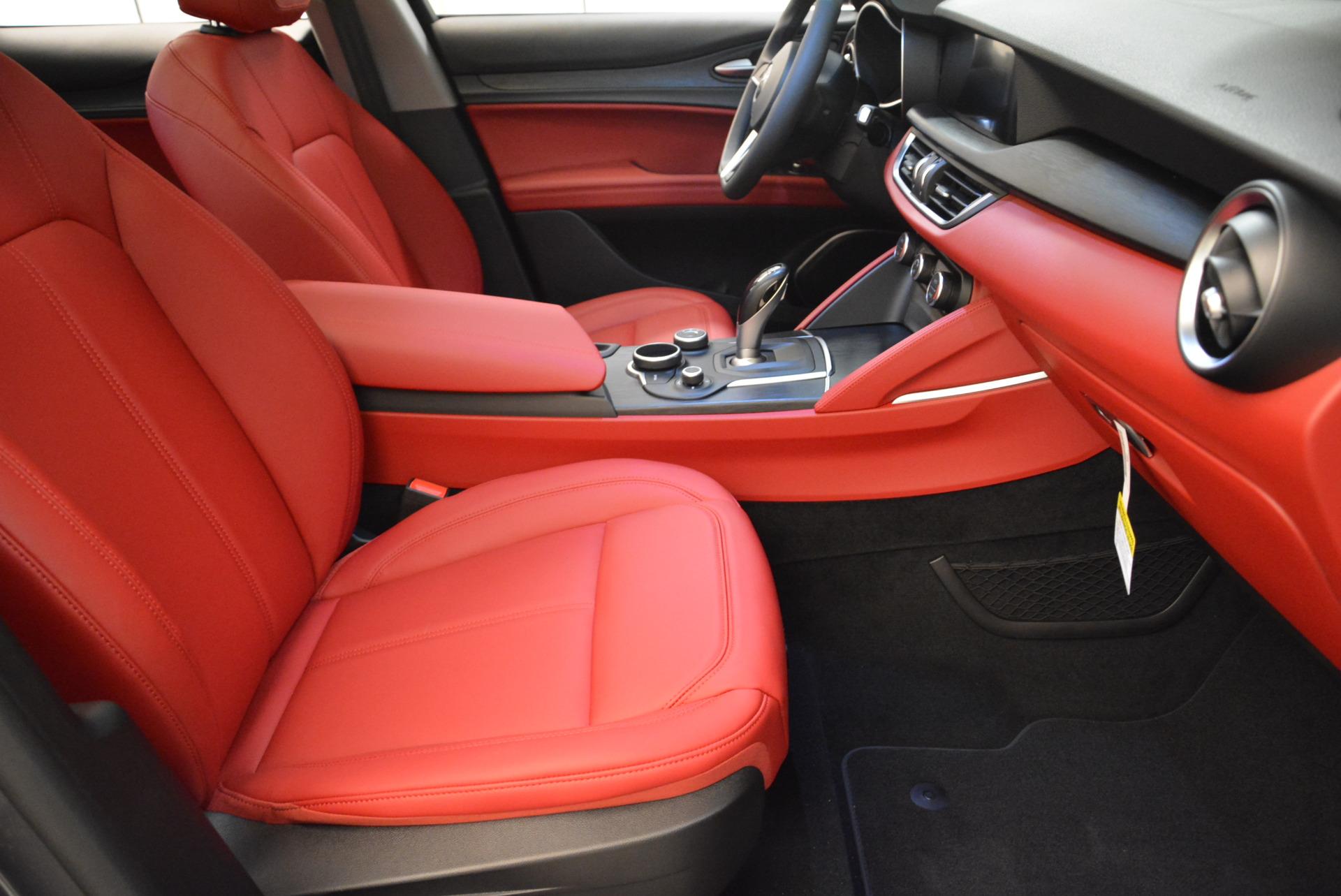 New 2018 Alfa Romeo Stelvio Q4 For Sale In Greenwich, CT. Alfa Romeo of Greenwich, L246 1637_p17