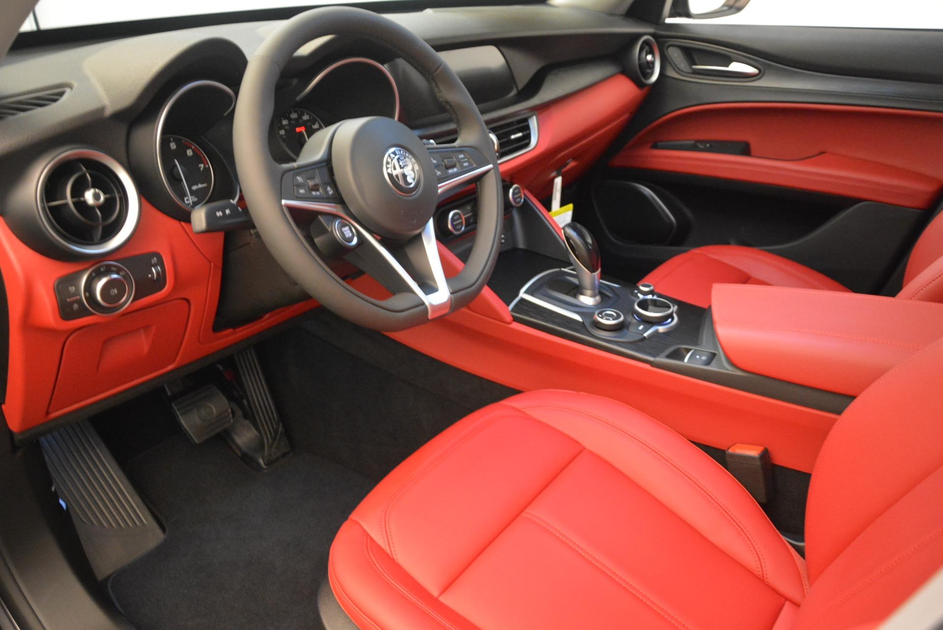 New 2018 Alfa Romeo Stelvio Q4 For Sale In Greenwich, CT. Alfa Romeo of Greenwich, L248 1639_p13