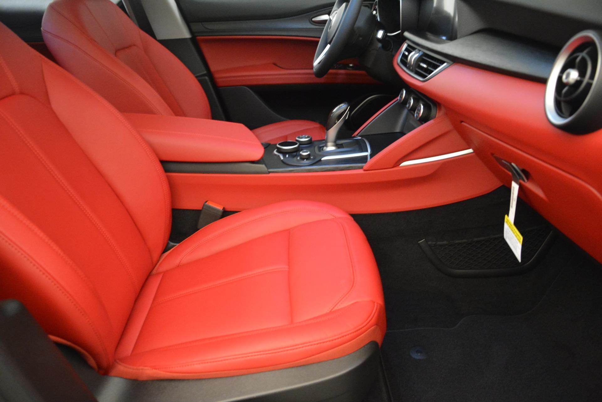 New 2018 Alfa Romeo Stelvio Q4 For Sale In Greenwich, CT. Alfa Romeo of Greenwich, L248 1639_p20