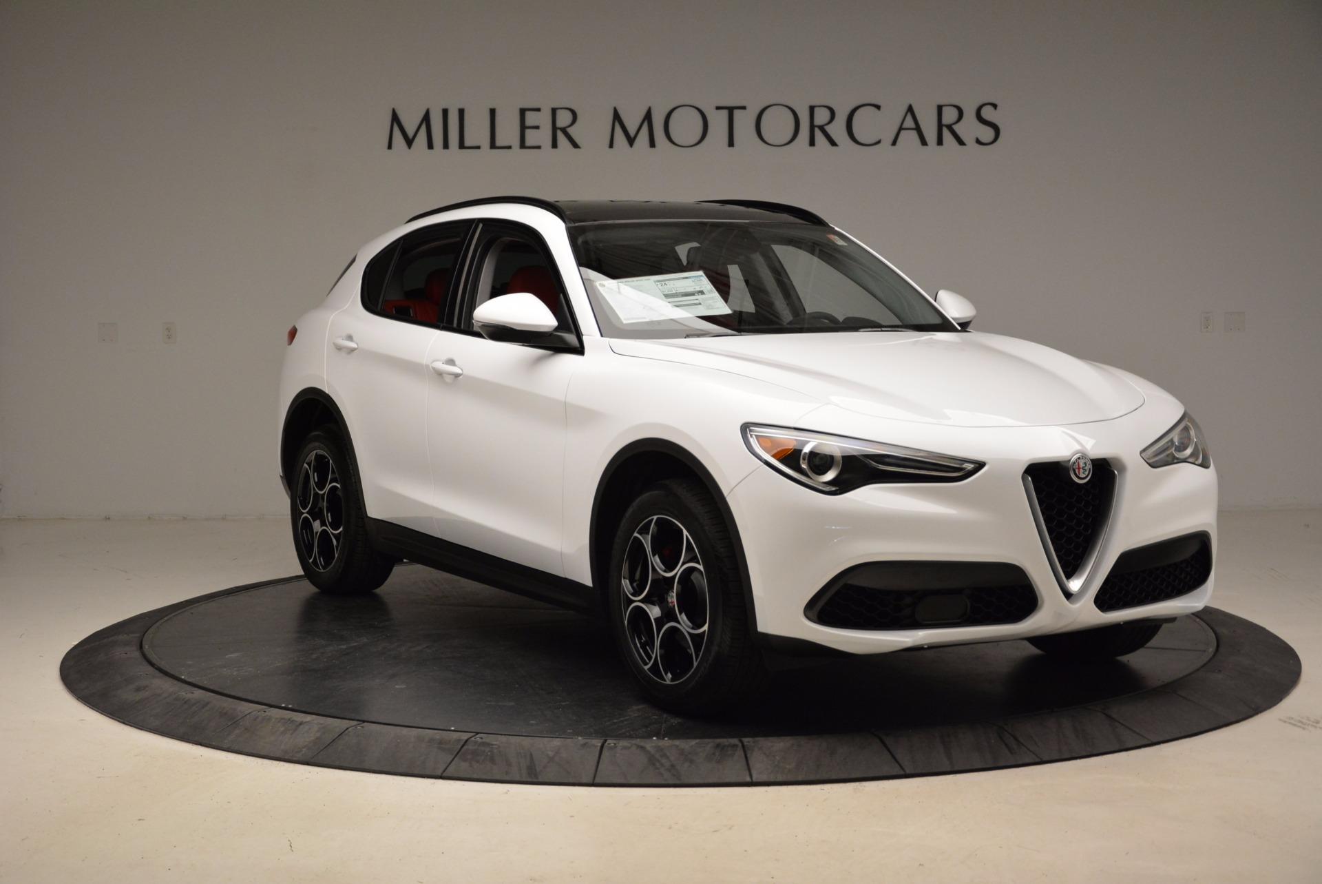 New 2018 Alfa Romeo Stelvio Sport Q4 For Sale In Greenwich, CT. Alfa Romeo of Greenwich, LW057 1642_p11