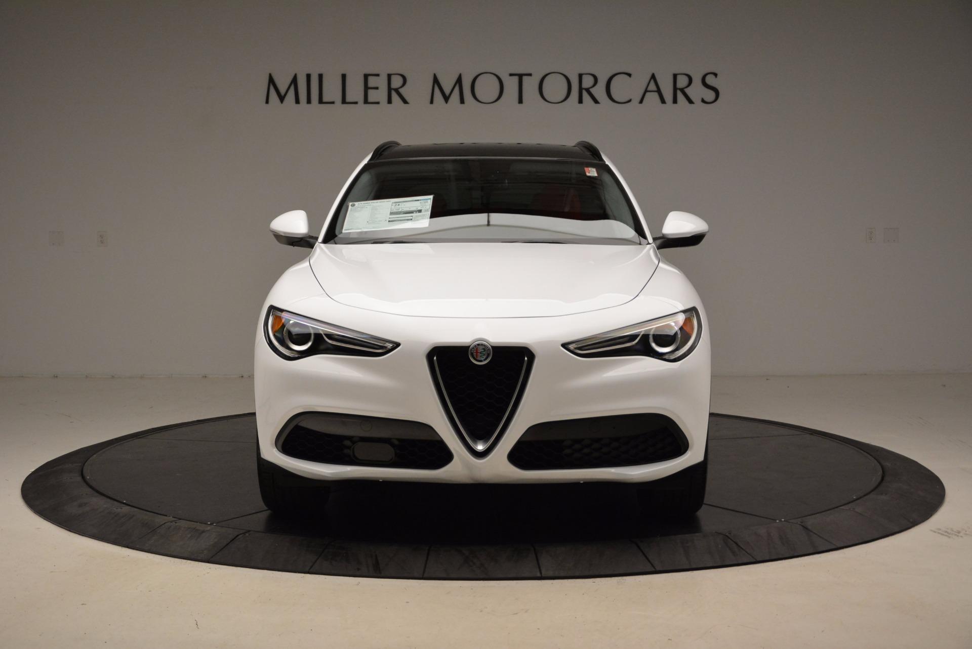 New 2018 Alfa Romeo Stelvio Sport Q4 For Sale In Greenwich, CT. Alfa Romeo of Greenwich, LW057 1642_p12