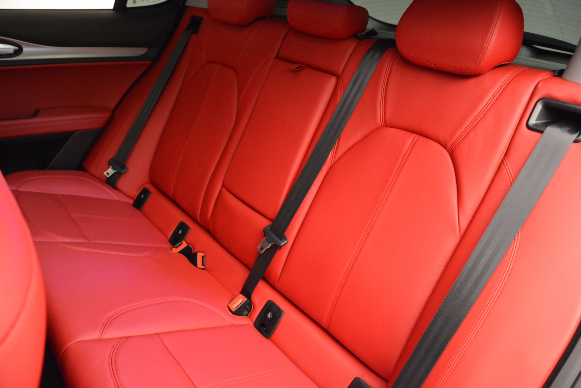 New 2018 Alfa Romeo Stelvio Sport Q4 For Sale In Greenwich, CT. Alfa Romeo of Greenwich, LW057 1642_p18