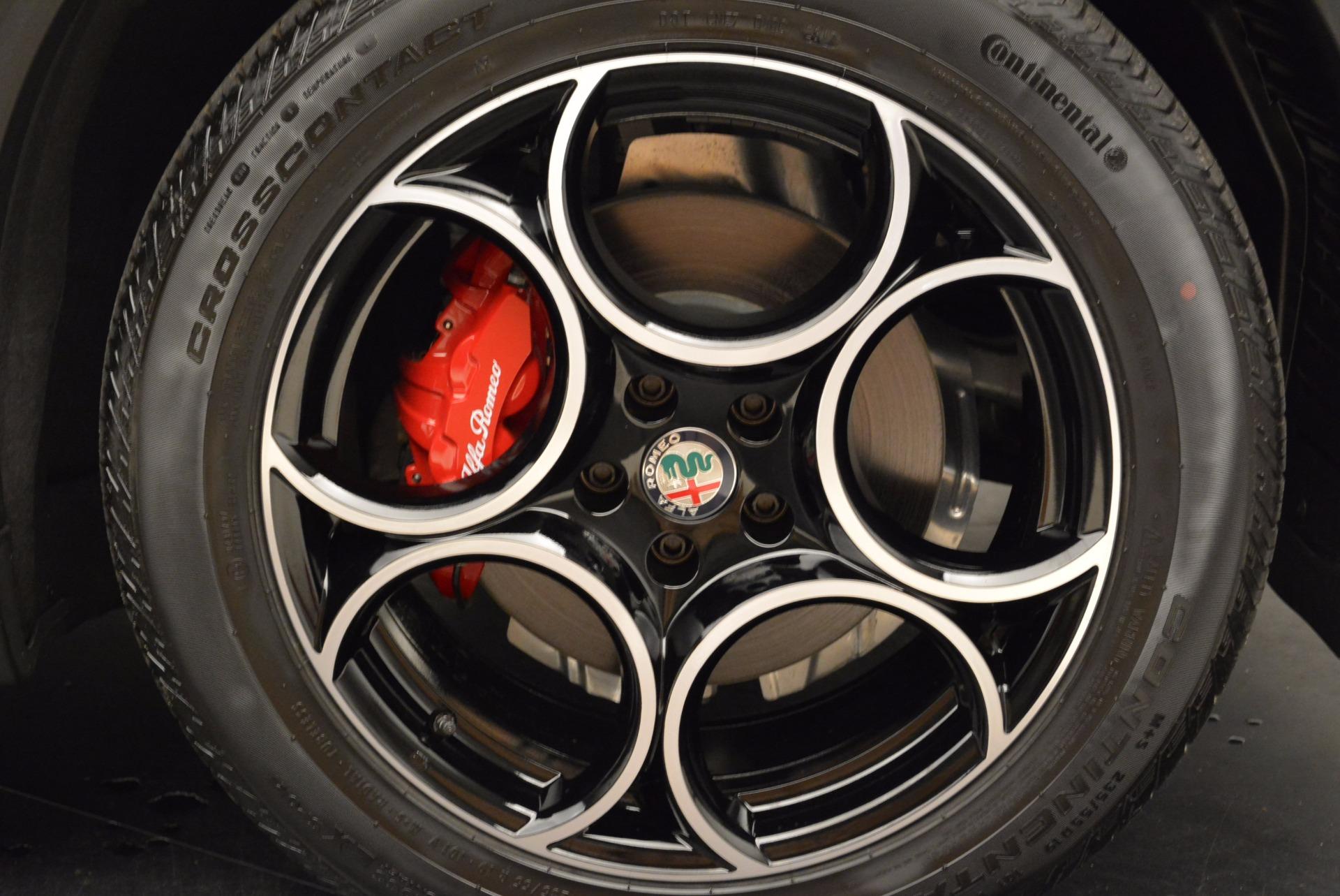 New 2018 Alfa Romeo Stelvio Sport Q4 For Sale In Greenwich, CT. Alfa Romeo of Greenwich, LW057 1642_p25