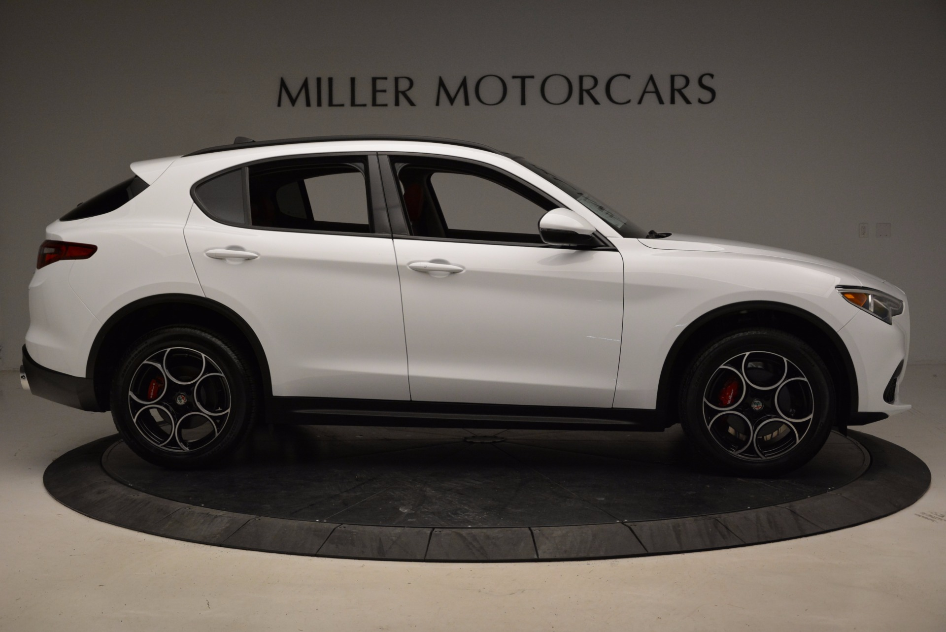 New 2018 Alfa Romeo Stelvio Sport Q4 For Sale In Greenwich, CT. Alfa Romeo of Greenwich, LW057 1642_p9