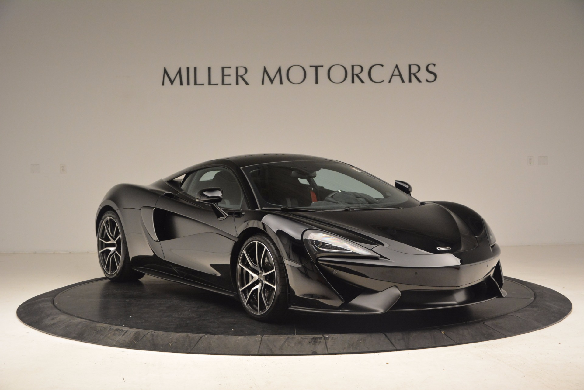 Used 2016 McLaren 570S  For Sale In Greenwich, CT. Alfa Romeo of Greenwich, 3114 1645_p11