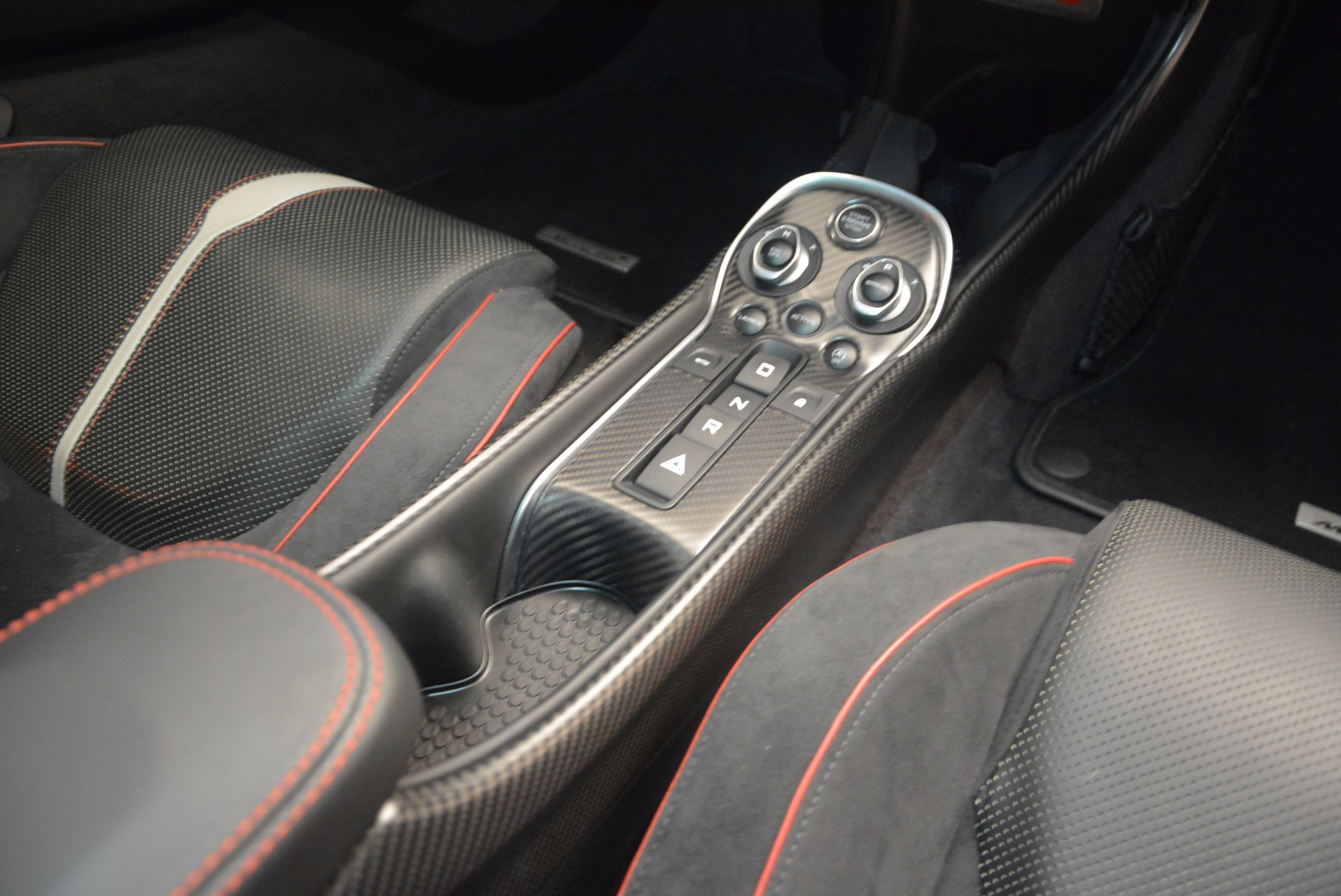 Used 2016 McLaren 570S  For Sale In Greenwich, CT. Alfa Romeo of Greenwich, 3114 1645_p23