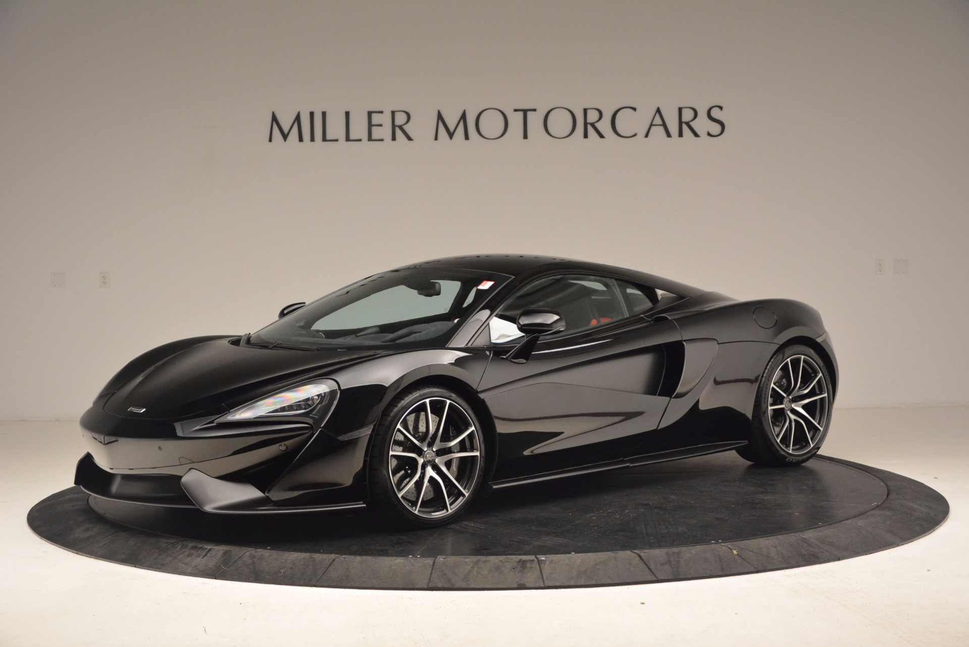 Used 2016 McLaren 570S  For Sale In Greenwich, CT. Alfa Romeo of Greenwich, 3114 1645_p2