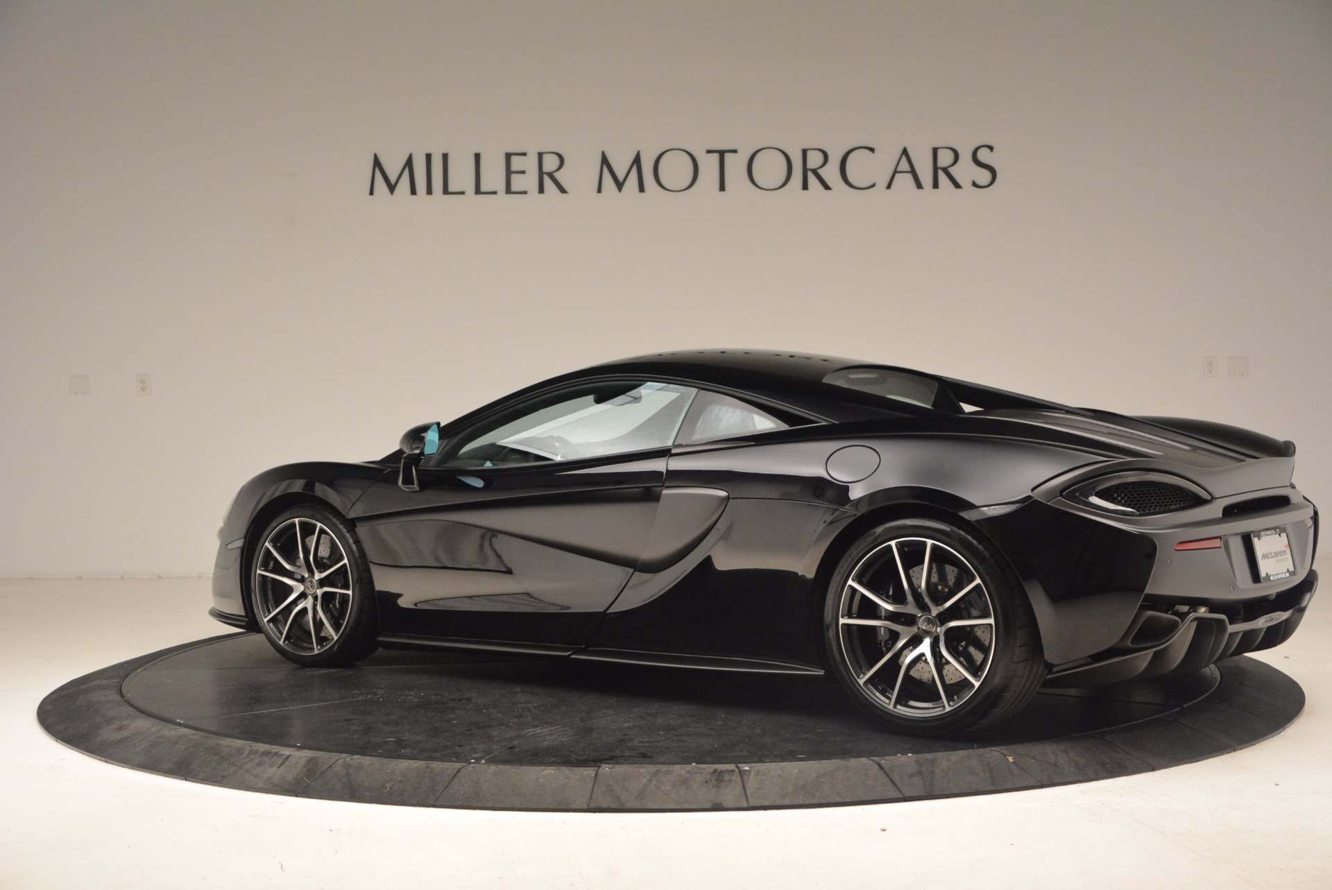 Used 2016 McLaren 570S  For Sale In Greenwich, CT. Alfa Romeo of Greenwich, 3114 1645_p4