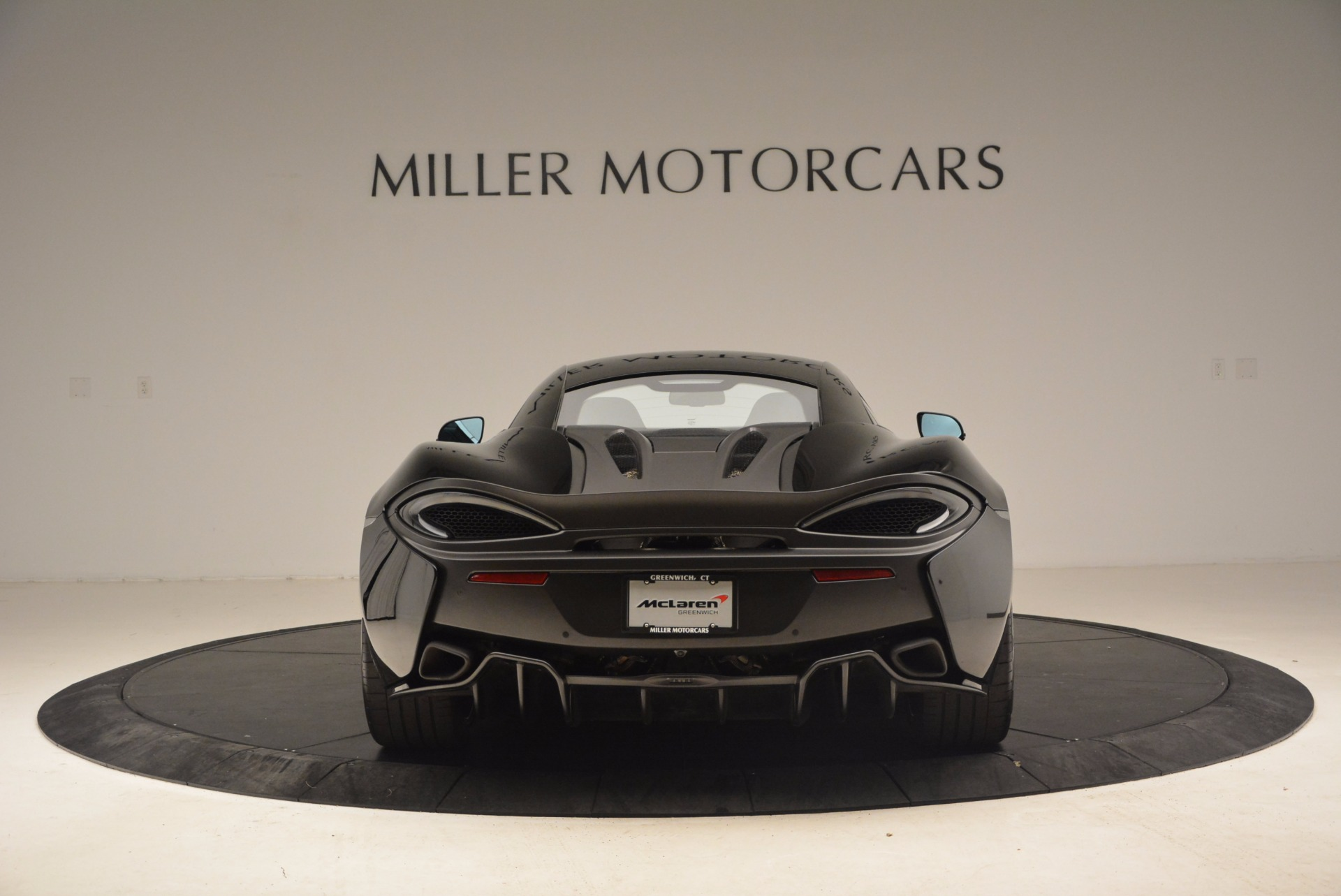 Used 2016 McLaren 570S  For Sale In Greenwich, CT. Alfa Romeo of Greenwich, 3114 1645_p6
