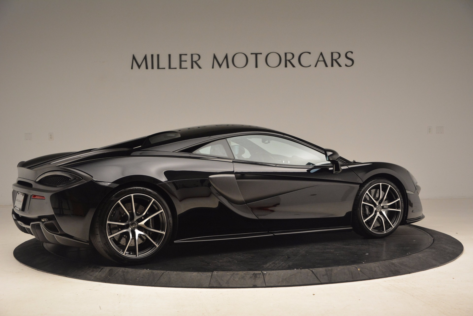 Used 2016 McLaren 570S  For Sale In Greenwich, CT. Alfa Romeo of Greenwich, 3114 1645_p8