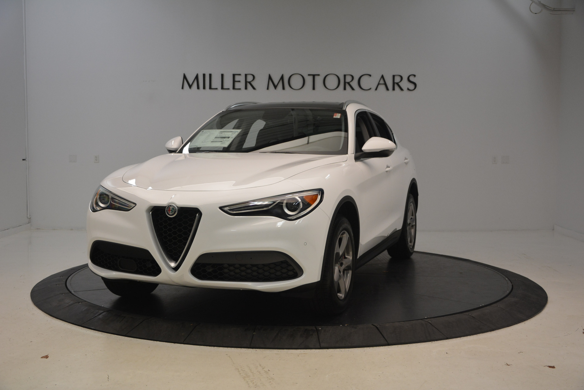 New 2018 Alfa Romeo Stelvio Q4 For Sale In Greenwich, CT. Alfa Romeo of Greenwich, L253