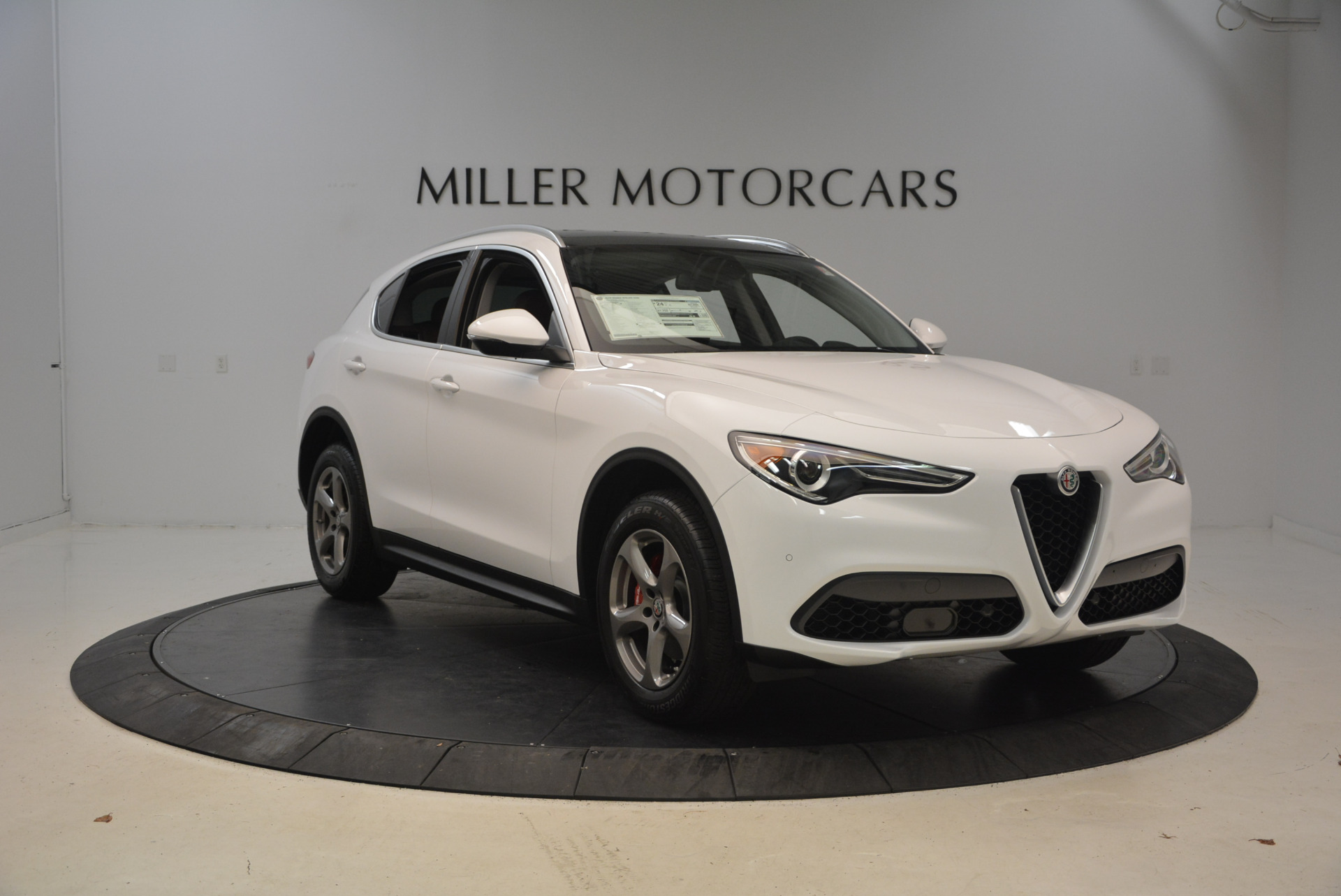 New 2018 Alfa Romeo Stelvio Q4 For Sale In Greenwich, CT. Alfa Romeo of Greenwich, L253 1649_p11