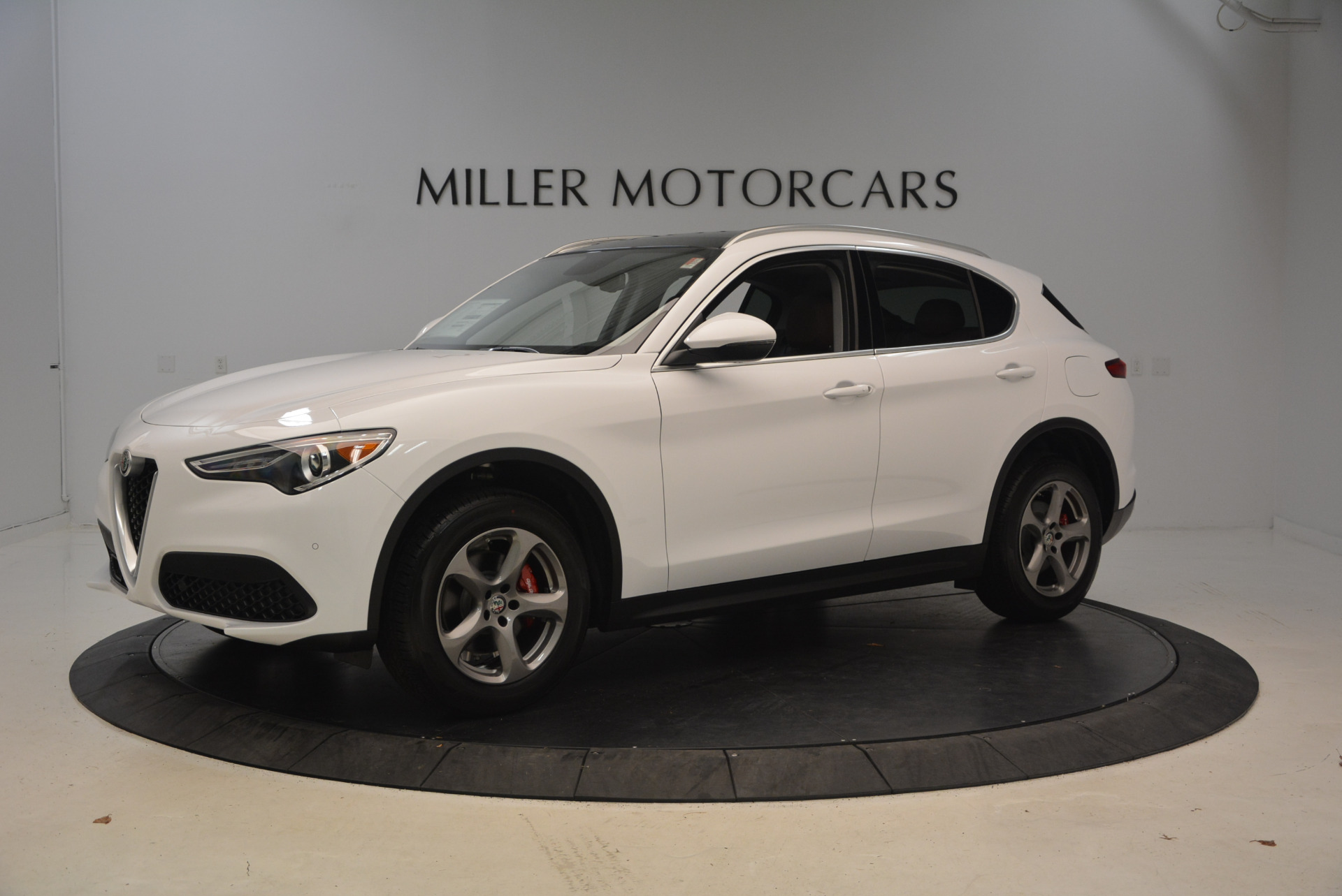 New 2018 Alfa Romeo Stelvio Q4 For Sale In Greenwich, CT. Alfa Romeo of Greenwich, L253 1649_p2