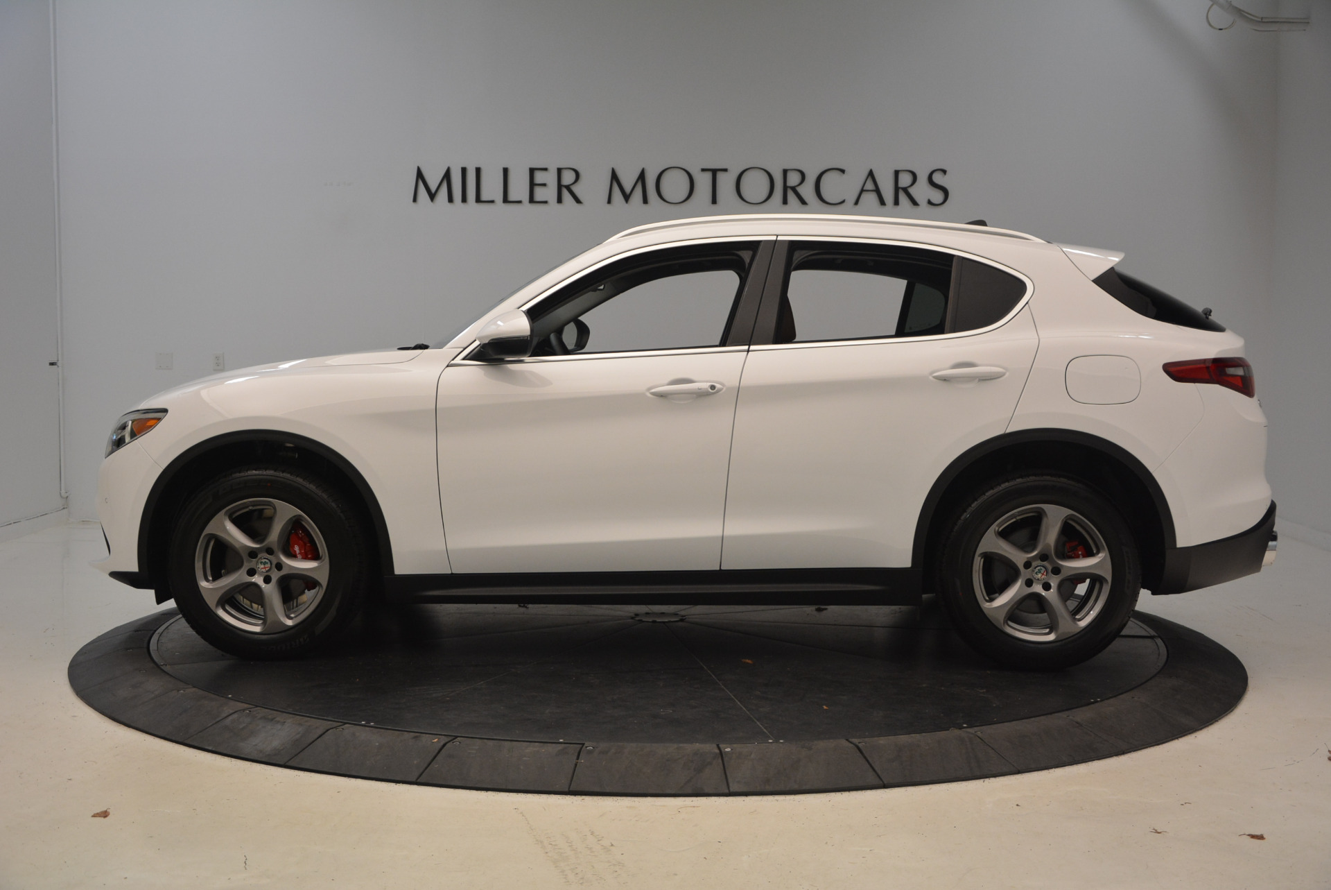 New 2018 Alfa Romeo Stelvio Q4 For Sale In Greenwich, CT. Alfa Romeo of Greenwich, L253 1649_p3