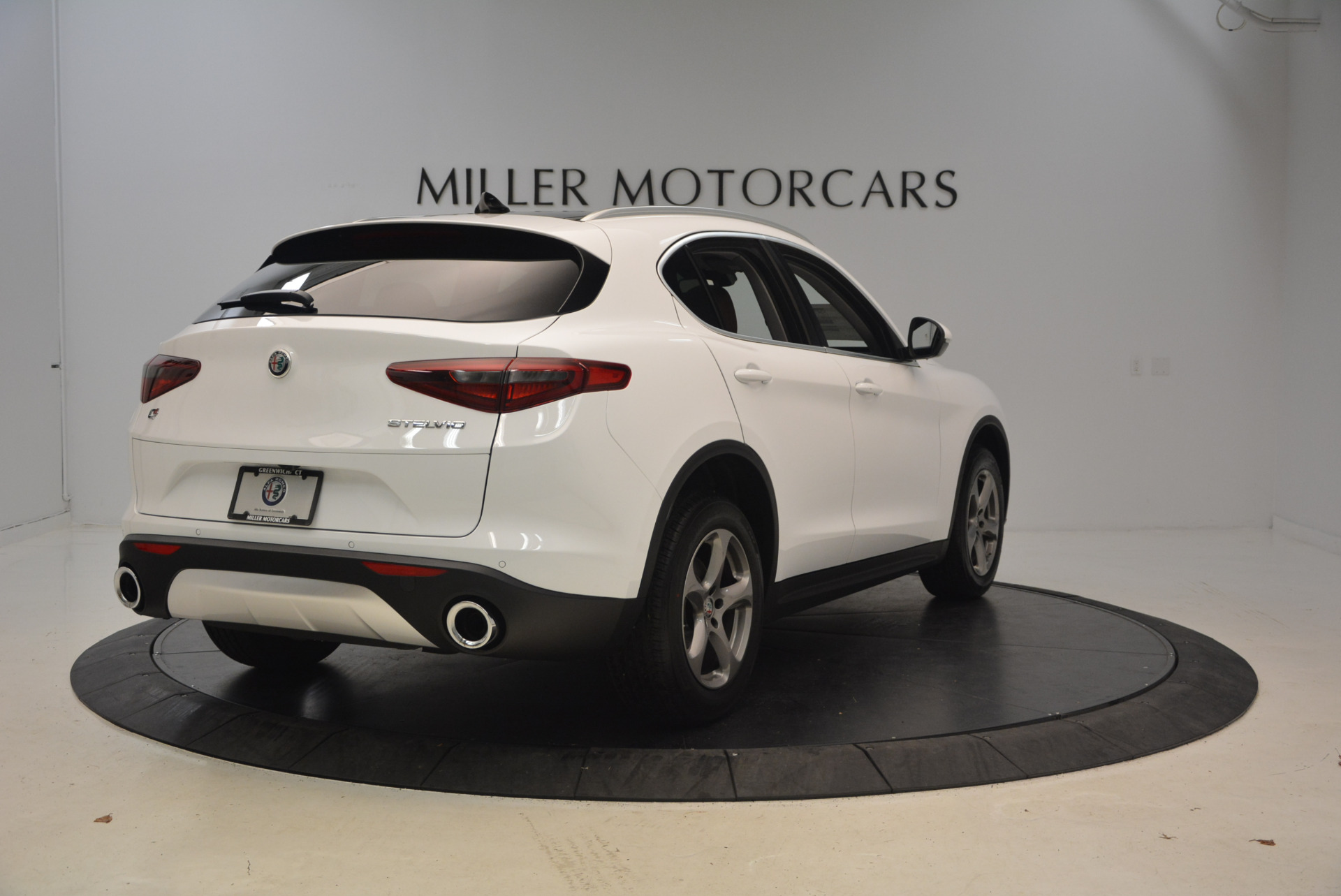 New 2018 Alfa Romeo Stelvio Q4 For Sale In Greenwich, CT. Alfa Romeo of Greenwich, L253 1649_p7