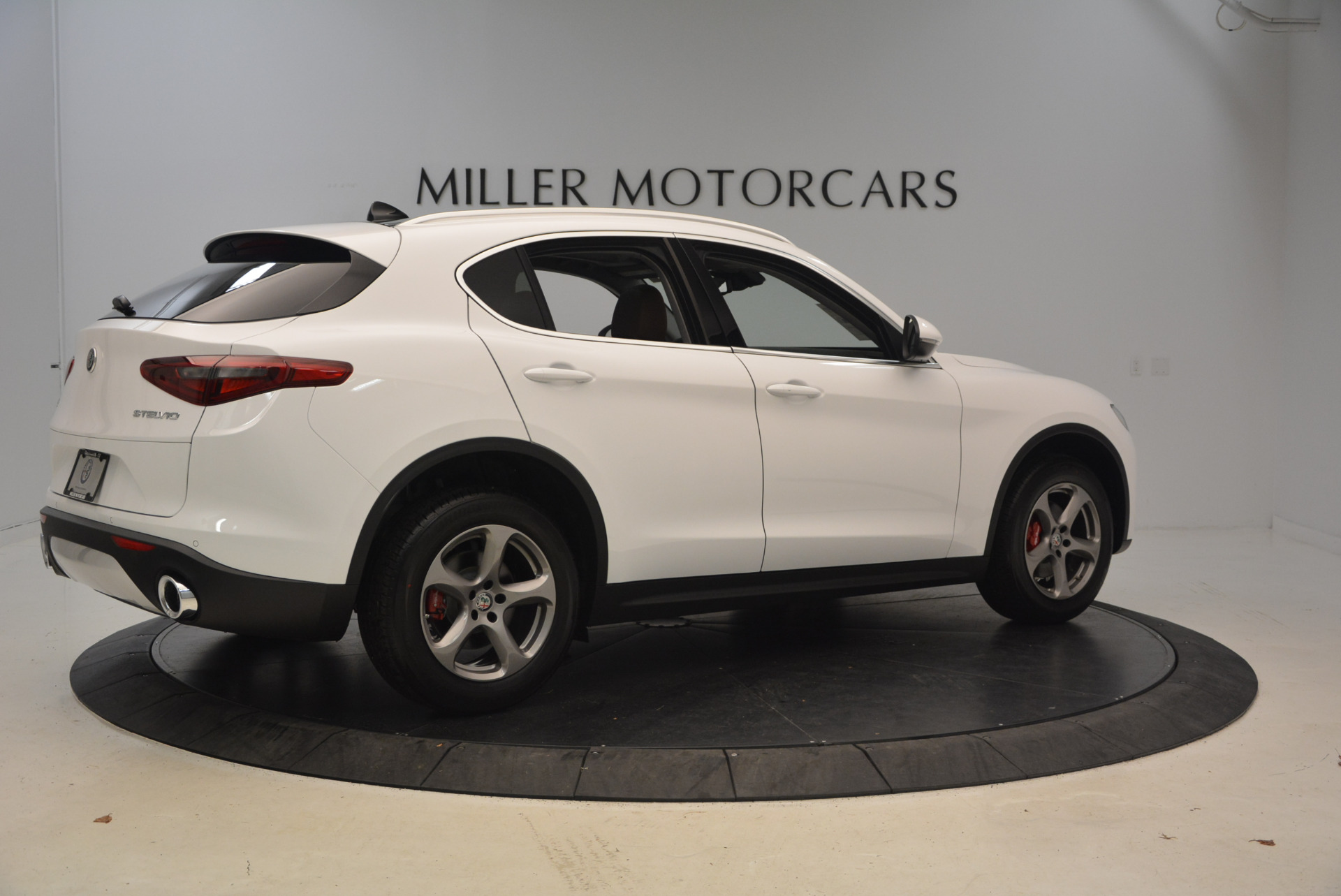 New 2018 Alfa Romeo Stelvio Q4 For Sale In Greenwich, CT. Alfa Romeo of Greenwich, L253 1649_p8