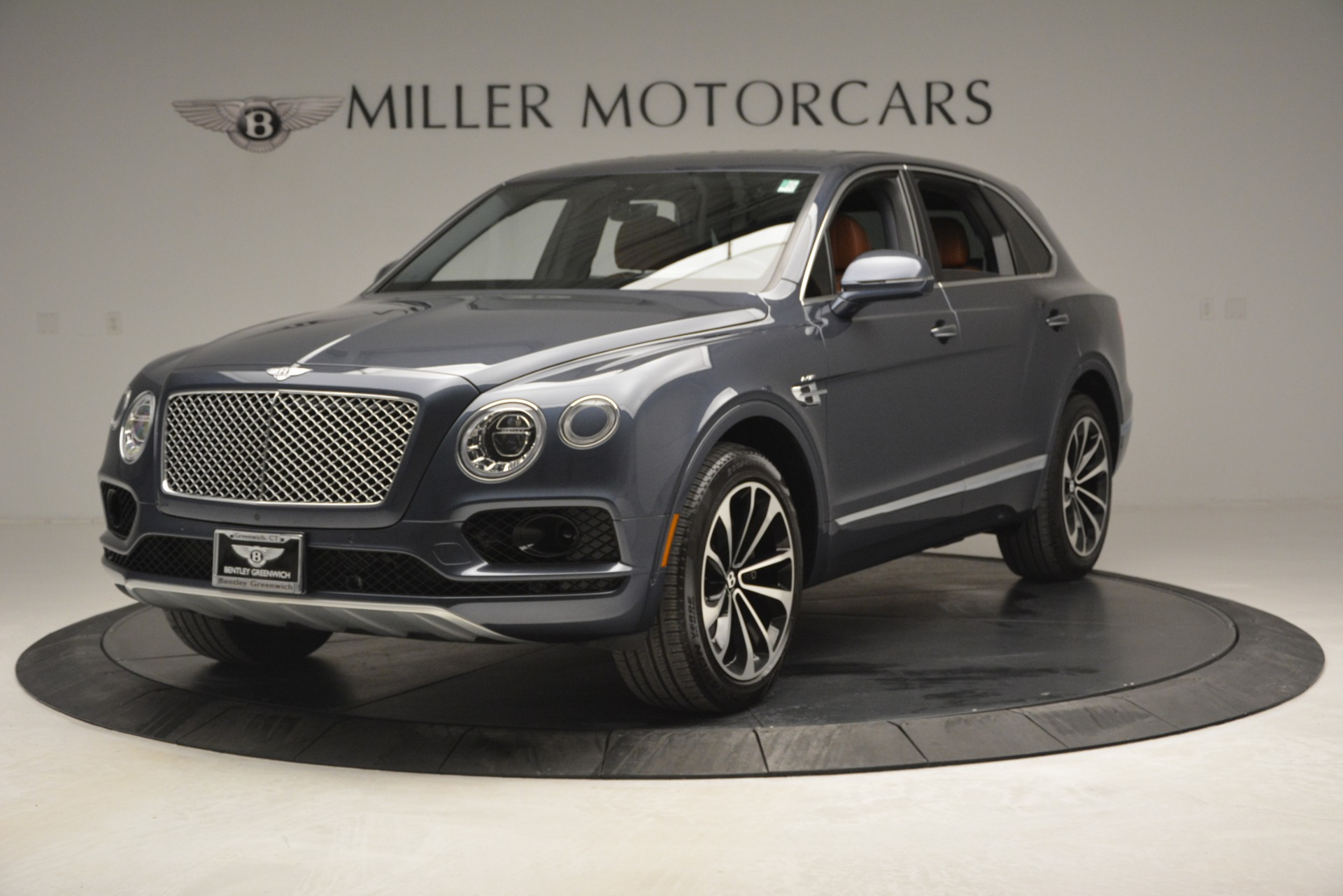 Used 2018 Bentley Bentayga Onyx For Sale In Greenwich, CT. Alfa Romeo of Greenwich, 7480