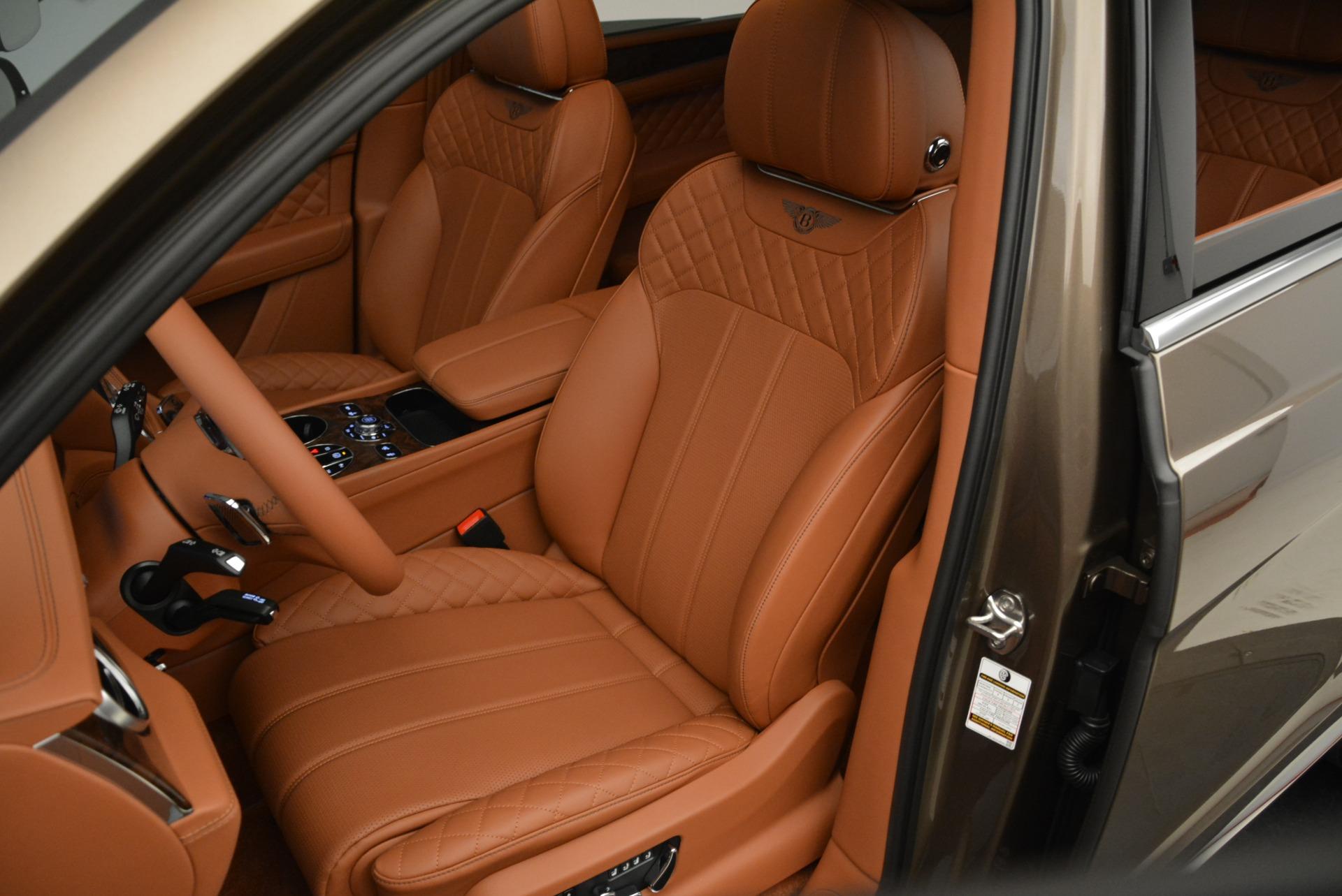 New 2018 Bentley Bentayga Signature For Sale In Greenwich, CT. Alfa Romeo of Greenwich, B1321 1654_p21