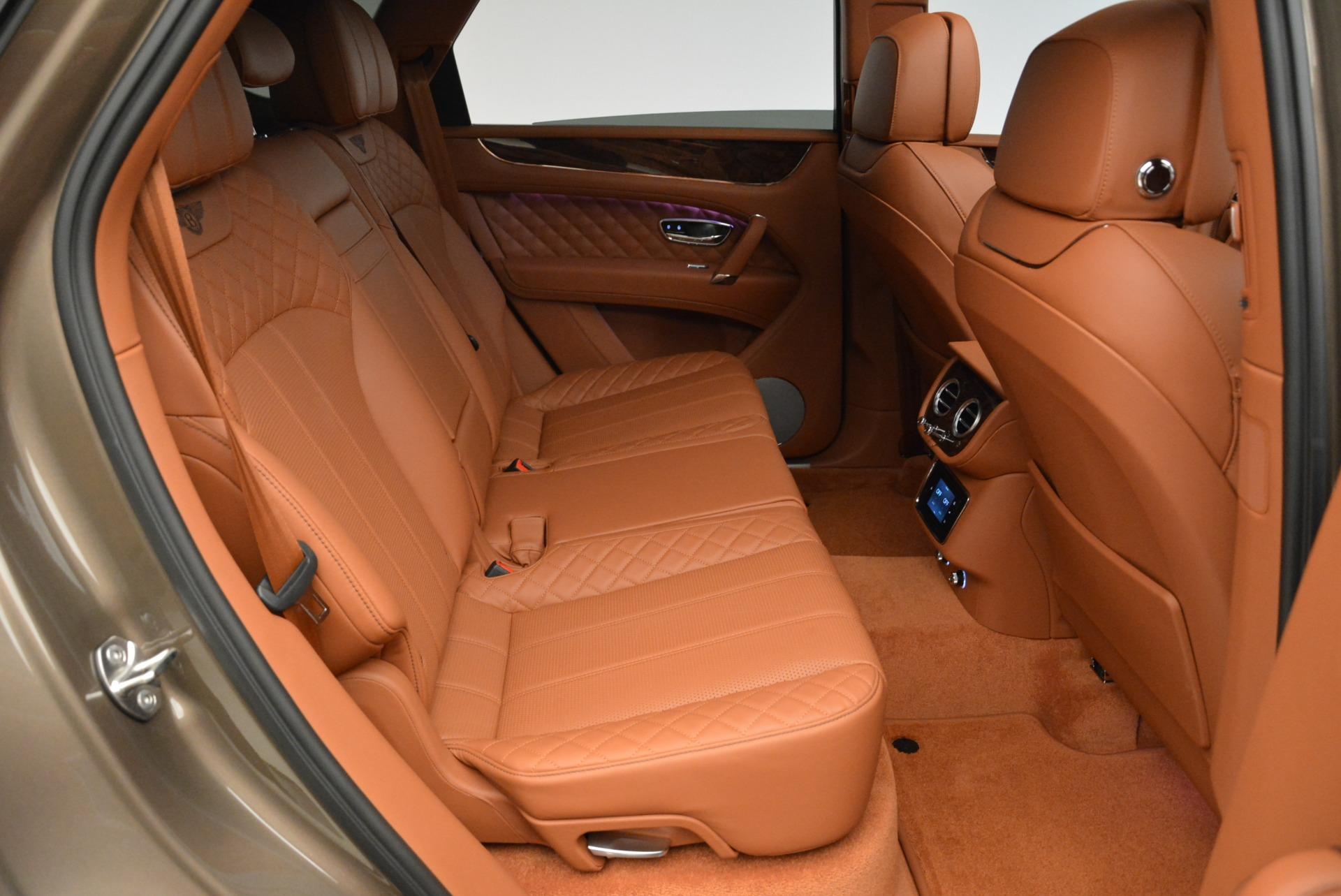 New 2018 Bentley Bentayga Signature For Sale In Greenwich, CT. Alfa Romeo of Greenwich, B1321 1654_p31
