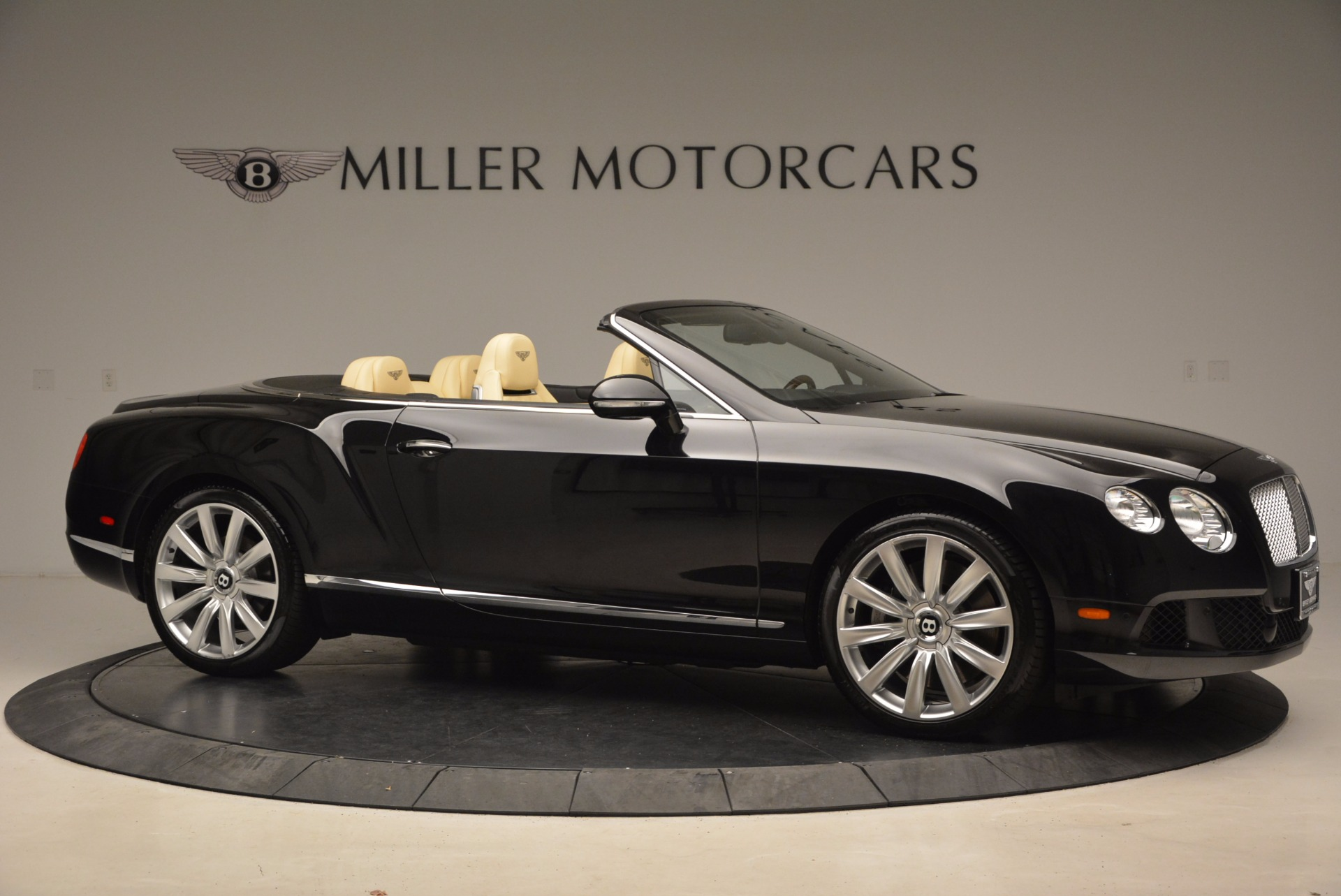 Used 2012 Bentley Continental GT W12 For Sale In Greenwich, CT. Alfa Romeo of Greenwich, 7286 1656_p10