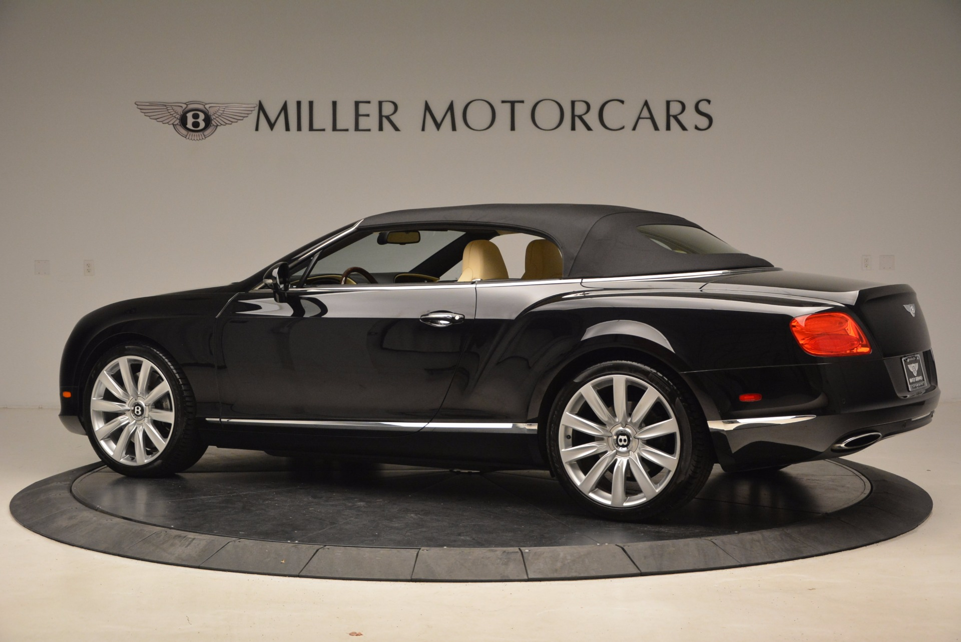 Used 2012 Bentley Continental GT W12 For Sale In Greenwich, CT. Alfa Romeo of Greenwich, 7286 1656_p15
