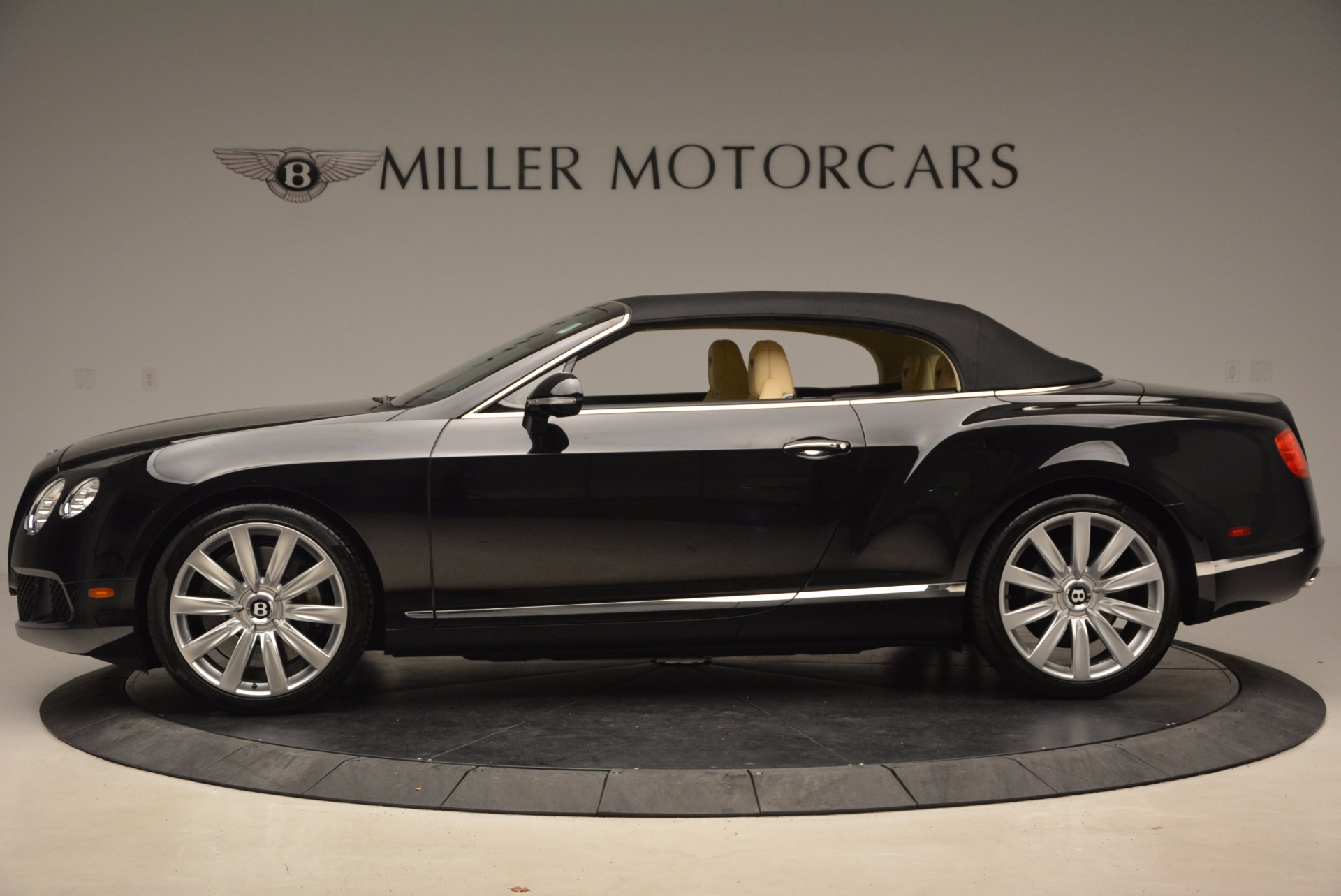 Used 2012 Bentley Continental GT W12 For Sale In Greenwich, CT. Alfa Romeo of Greenwich, 7286 1656_p16