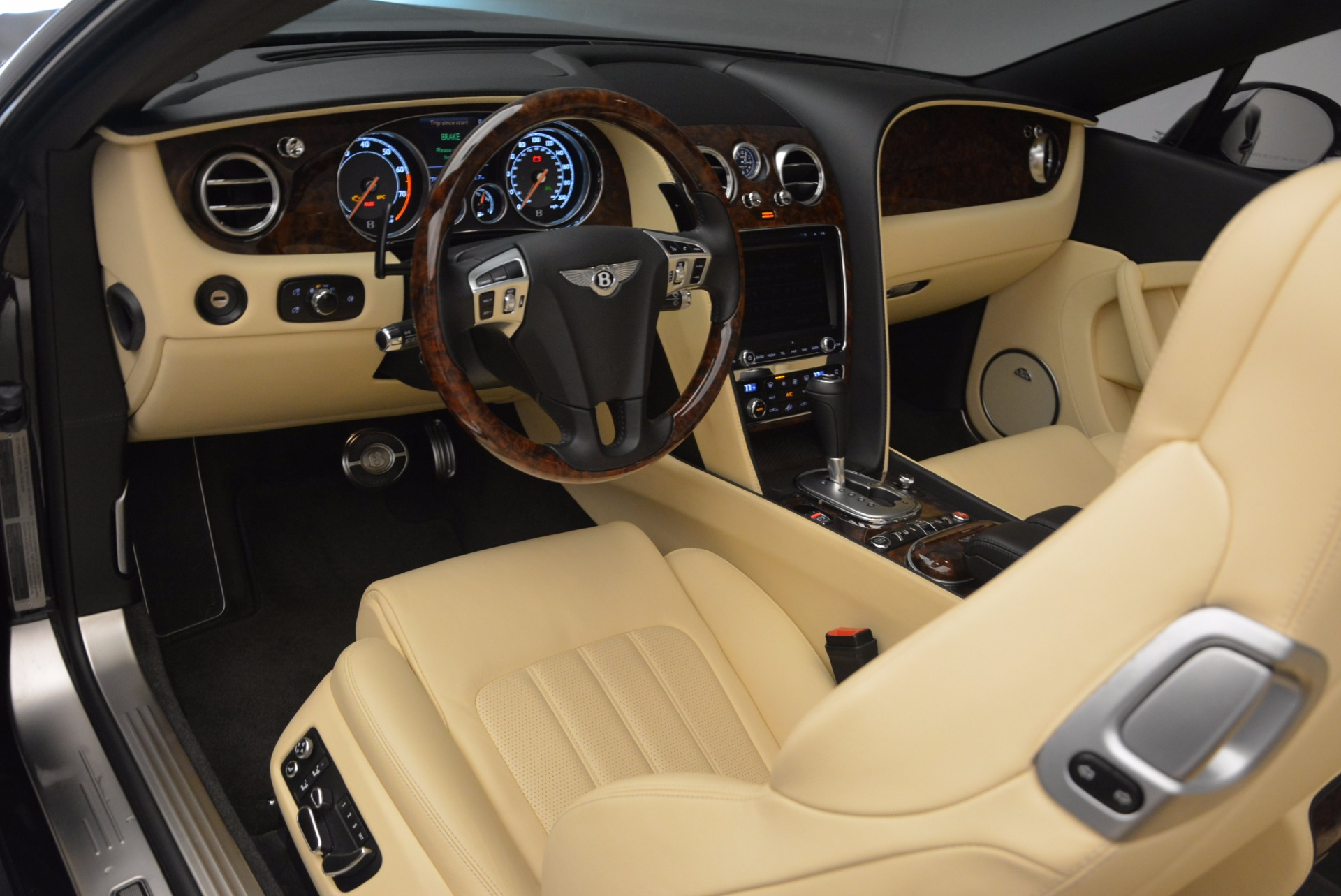 Used 2012 Bentley Continental GT W12 For Sale In Greenwich, CT. Alfa Romeo of Greenwich, 7286 1656_p31
